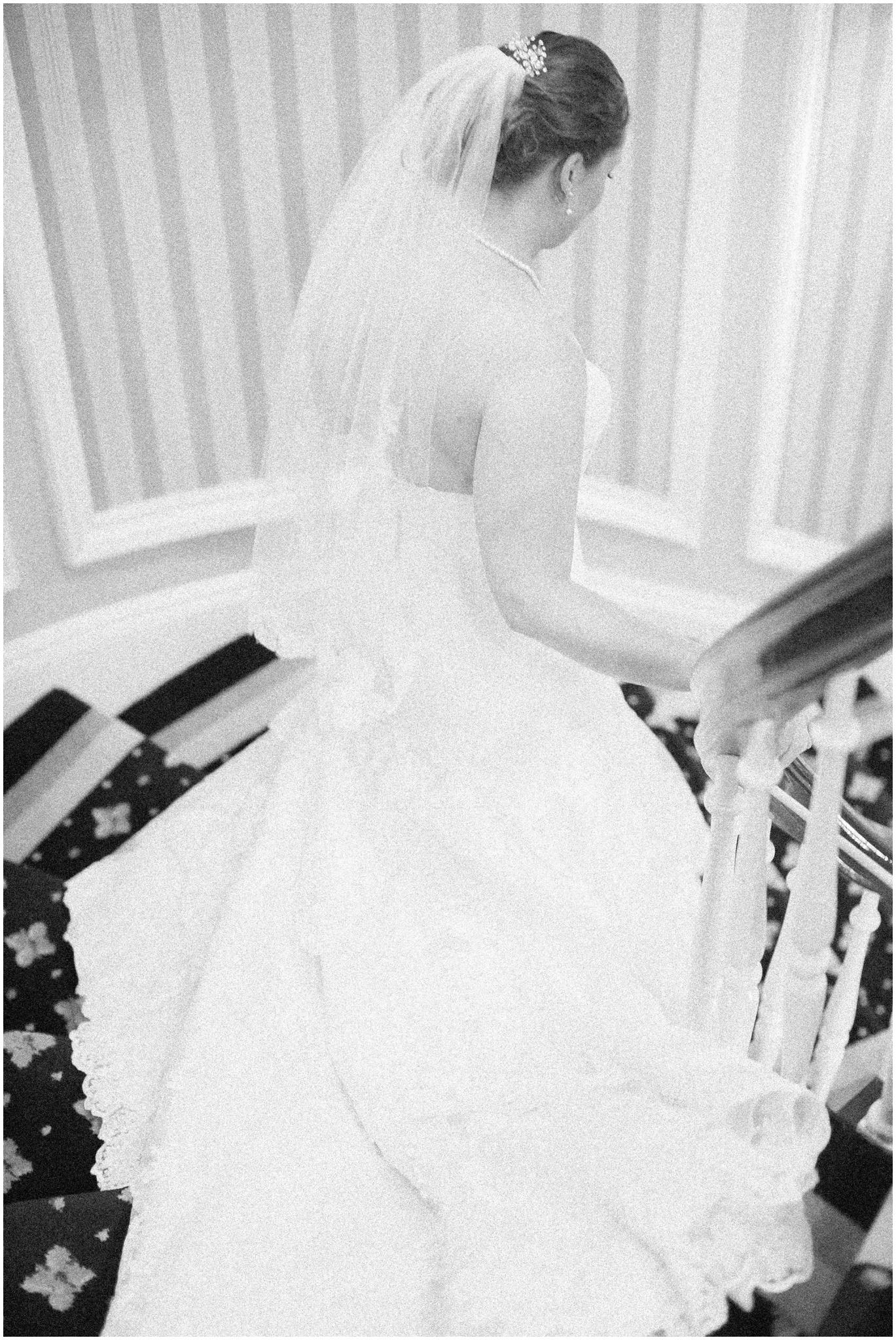 Madison_Club_Madison_Wisconsin_Wedding_Photographer_Spring_Rainy_Wedding_2595.jpg