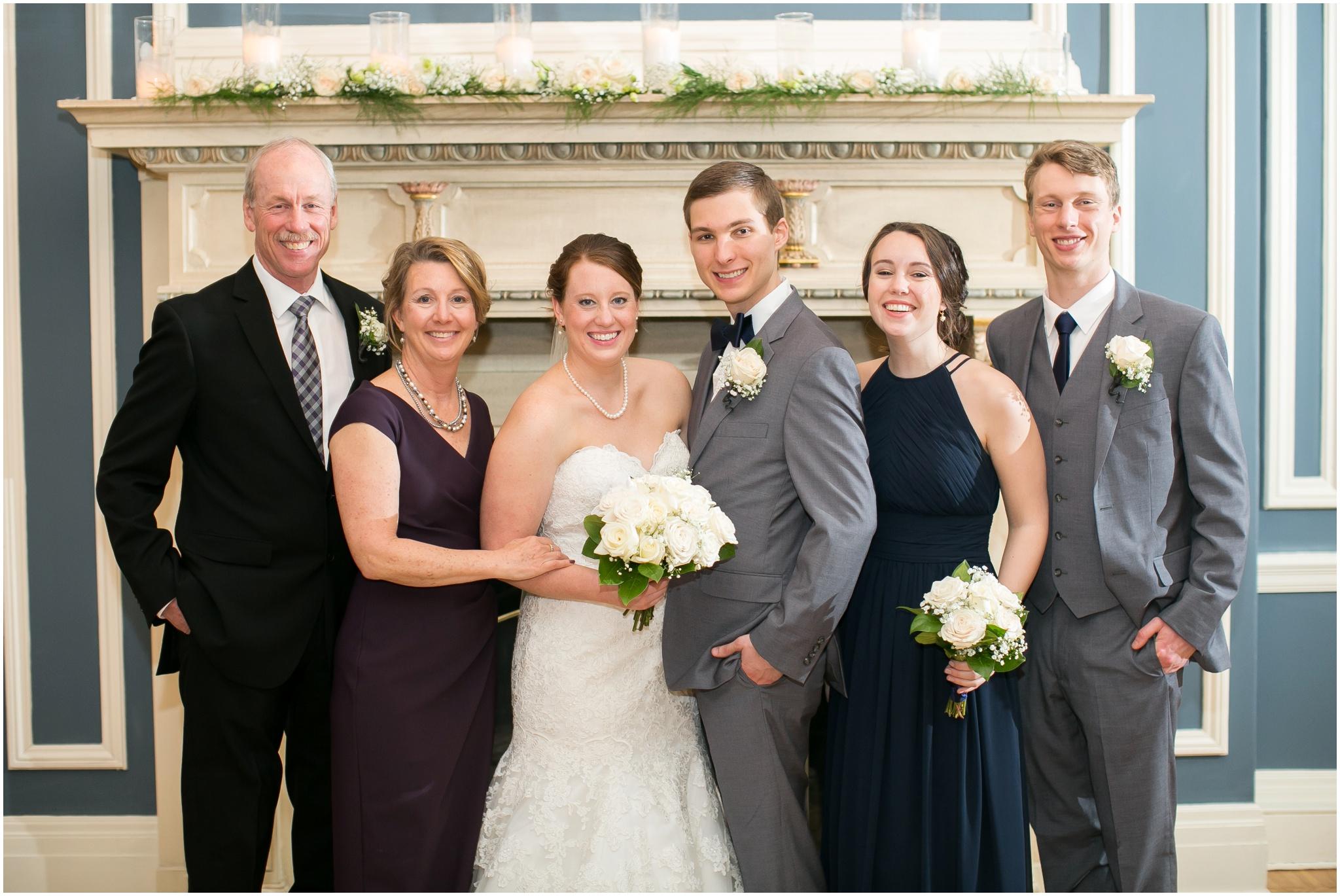 Madison_Club_Madison_Wisconsin_Wedding_Photographer_Spring_Rainy_Wedding_2643.jpg