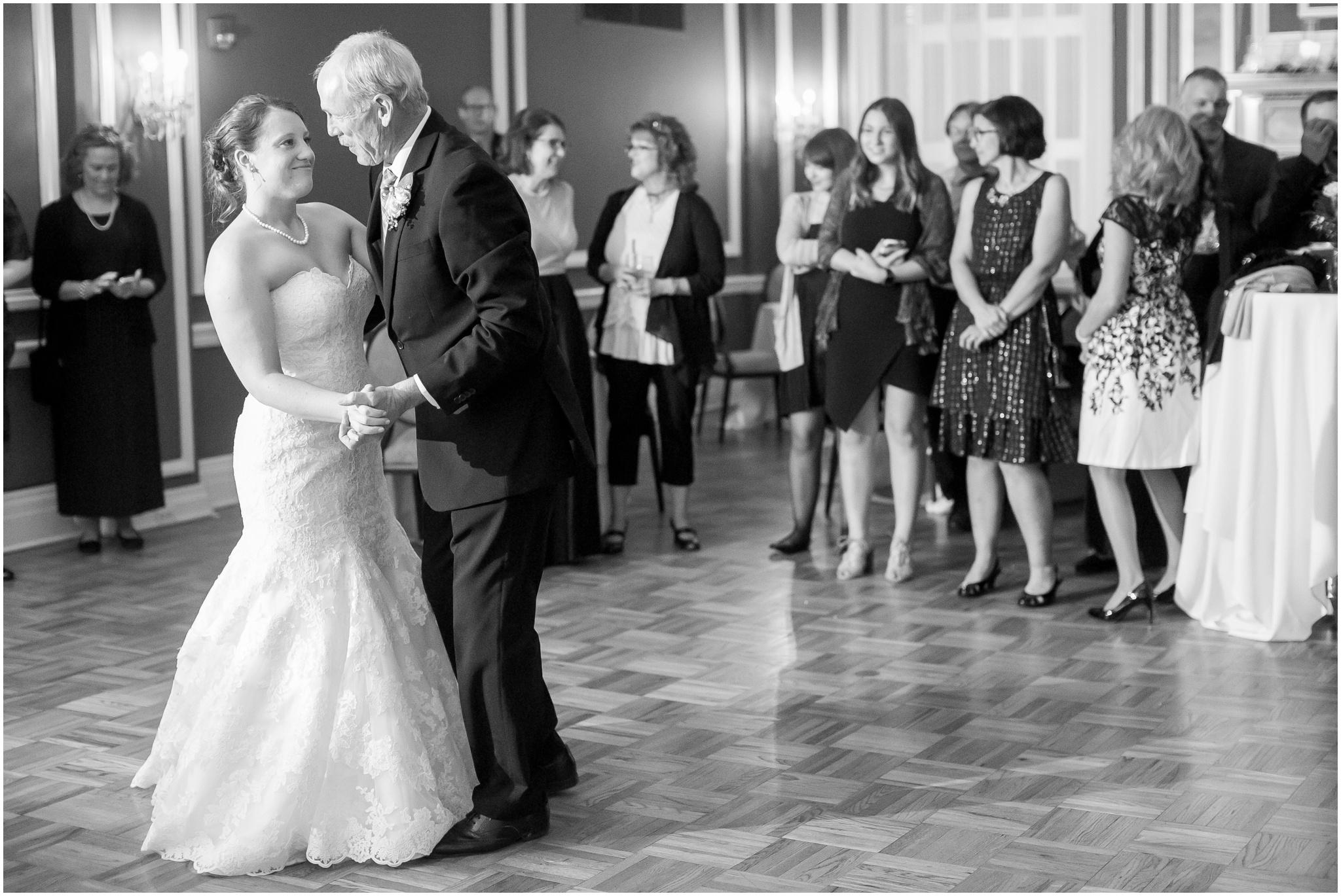 Madison_Club_Madison_Wisconsin_Wedding_Photographer_Spring_Rainy_Wedding_2675.jpg