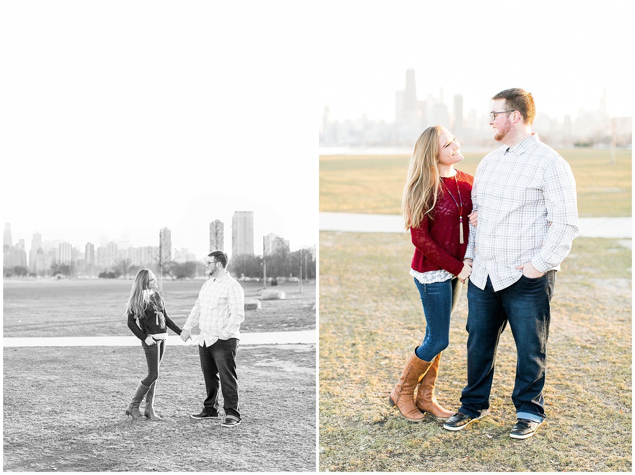 Chicago_Engagement_and_wedding_photographer_chicago_skyline_0989.jpg