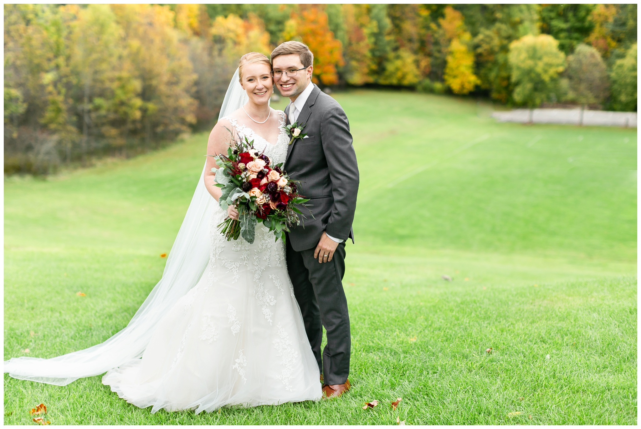 fall_wedding_pullmans_trolley_resturant_kimberly_wisconsin_1711.jpg