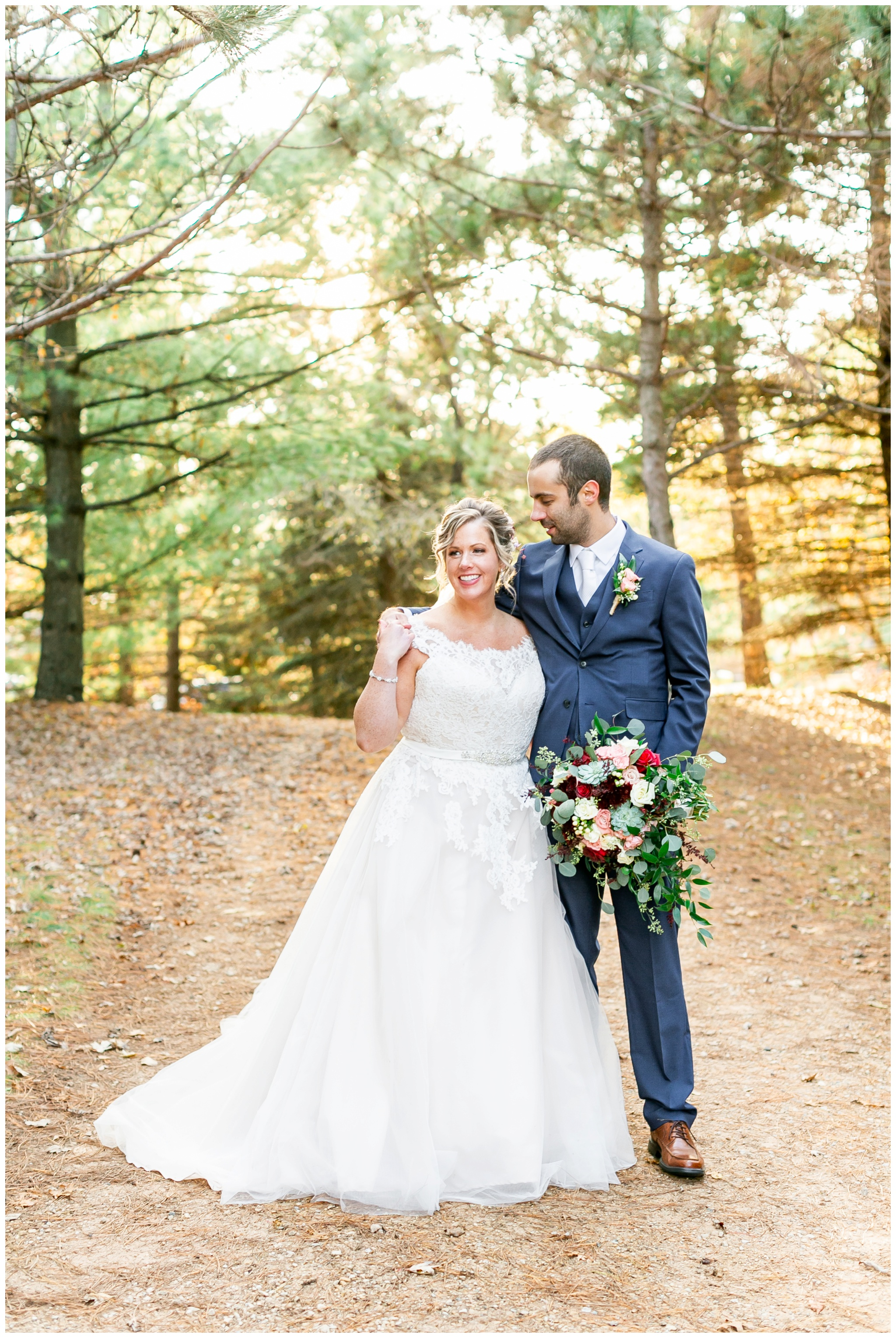 Shawano_County_park_Wedding_Caynay_Photo_Madison_Wi_2323.jpg
