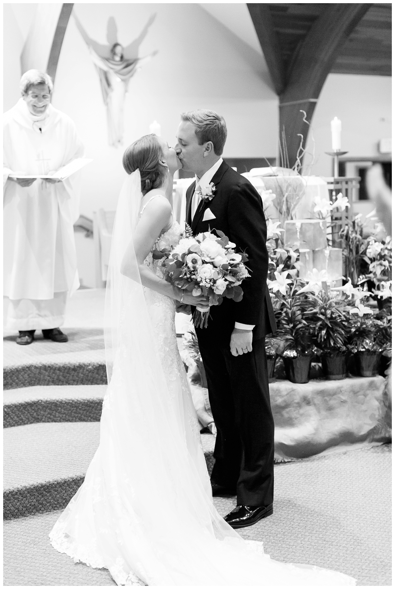 Fields_Reserve_Wedding_Madison_Wisconsin_Wedding_photographers_3493.jpg