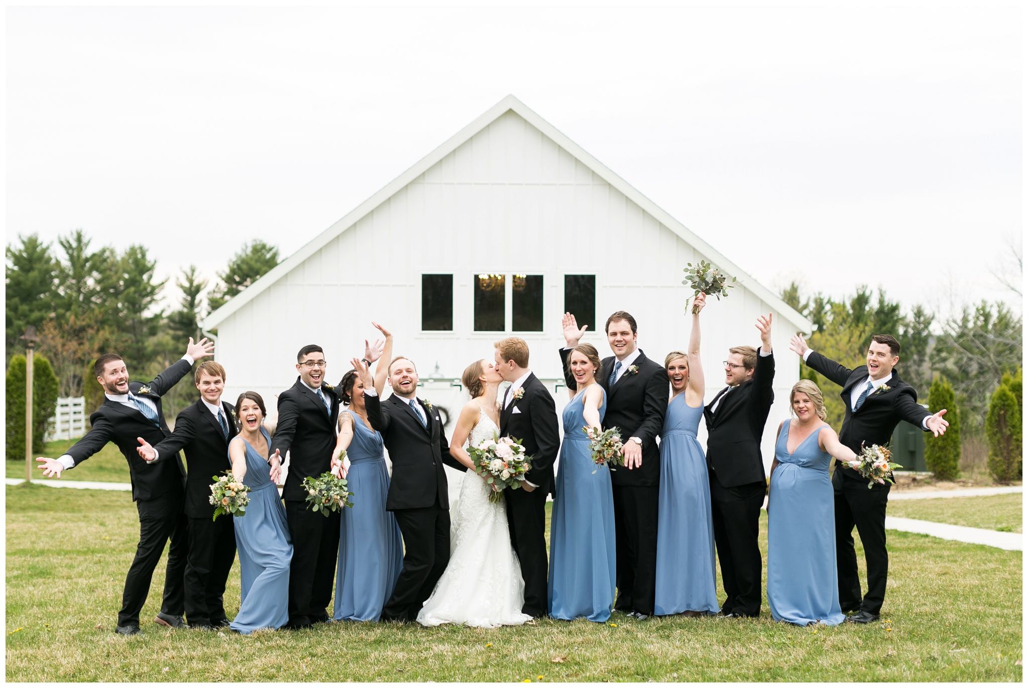 Fields_Reserve_Wedding_Madison_Wisconsin_Wedding_photographers_3503.jpg