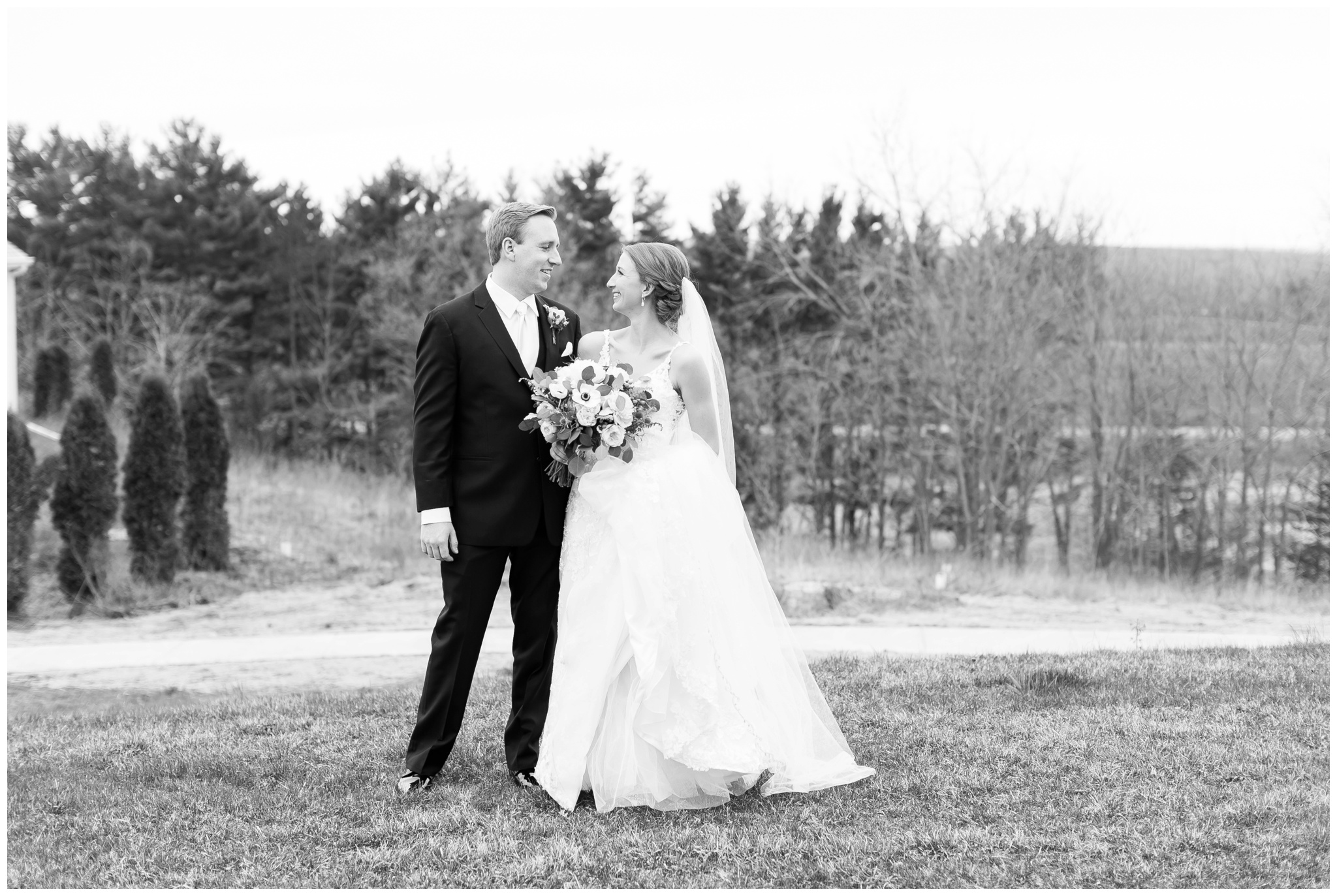 Fields_Reserve_Wedding_Madison_Wisconsin_Wedding_photographers_3515.jpg