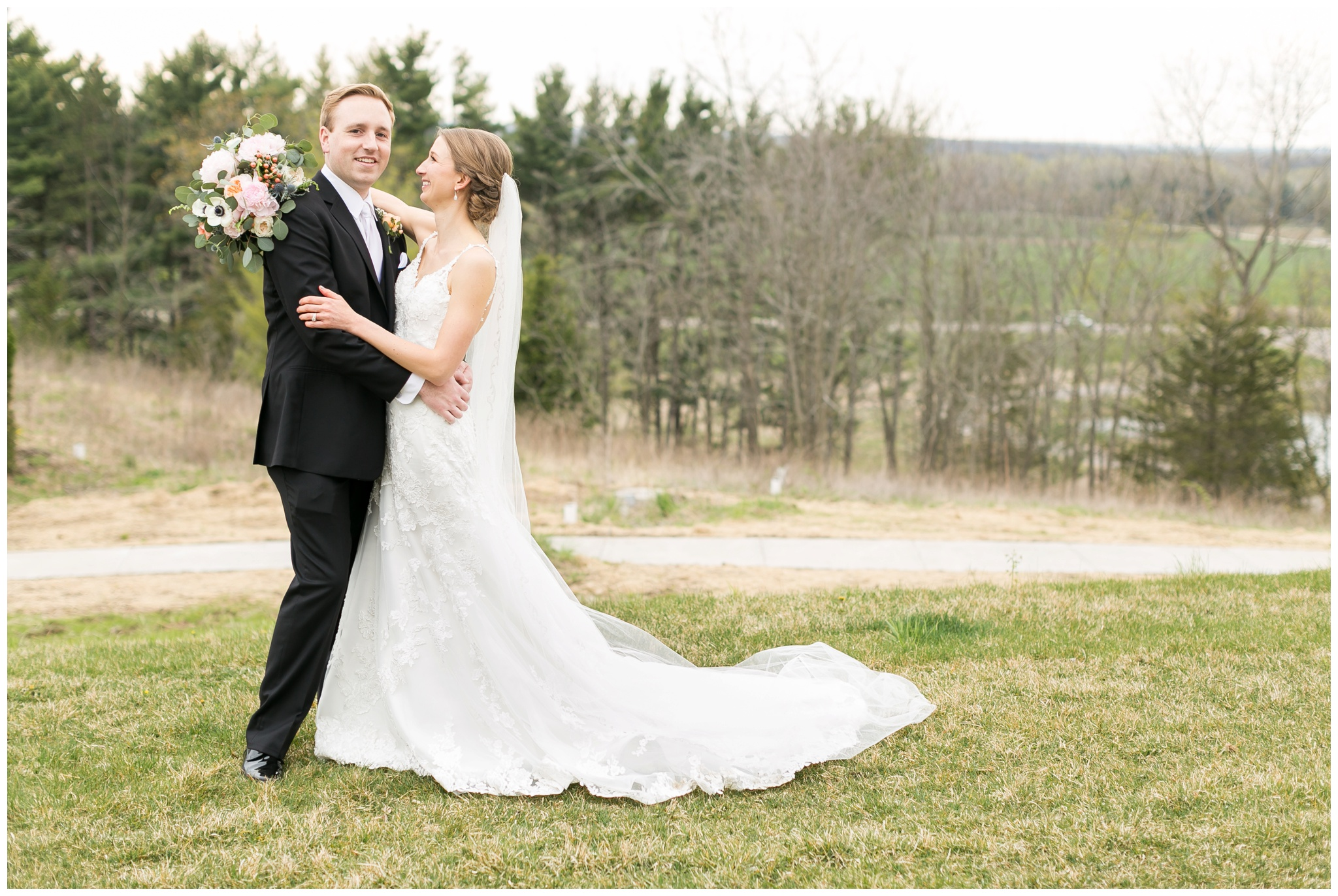 Fields_Reserve_Wedding_Madison_Wisconsin_Wedding_photographers_3523.jpg