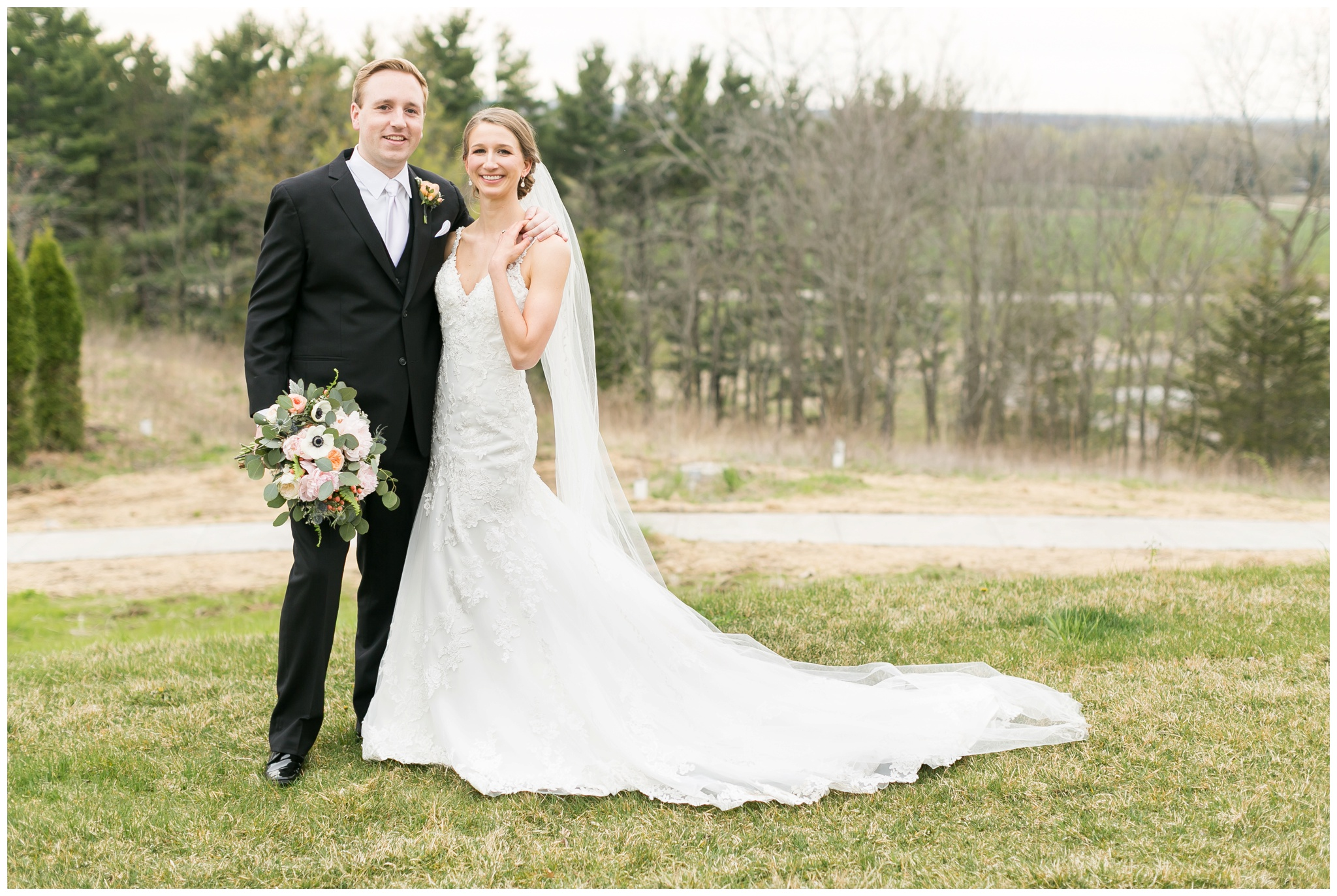 Fields_Reserve_Wedding_Madison_Wisconsin_Wedding_photographers_3525.jpg