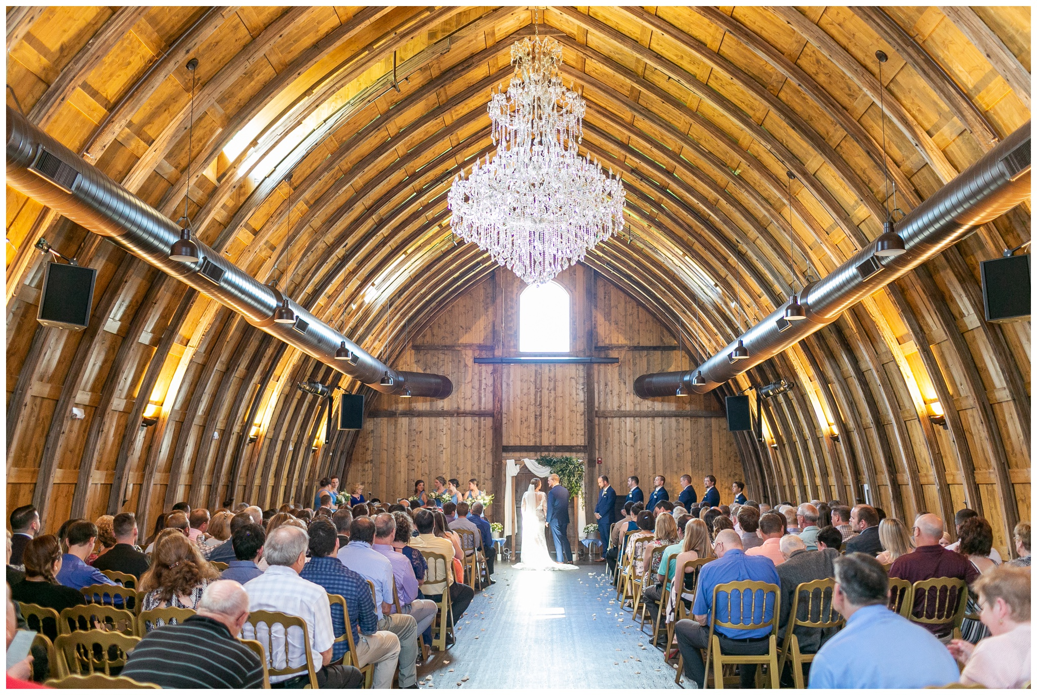 vennebu_hill_baraboo_wisconsin_wedding_madison_wisconsin_wedding_photographers_3022.jpg