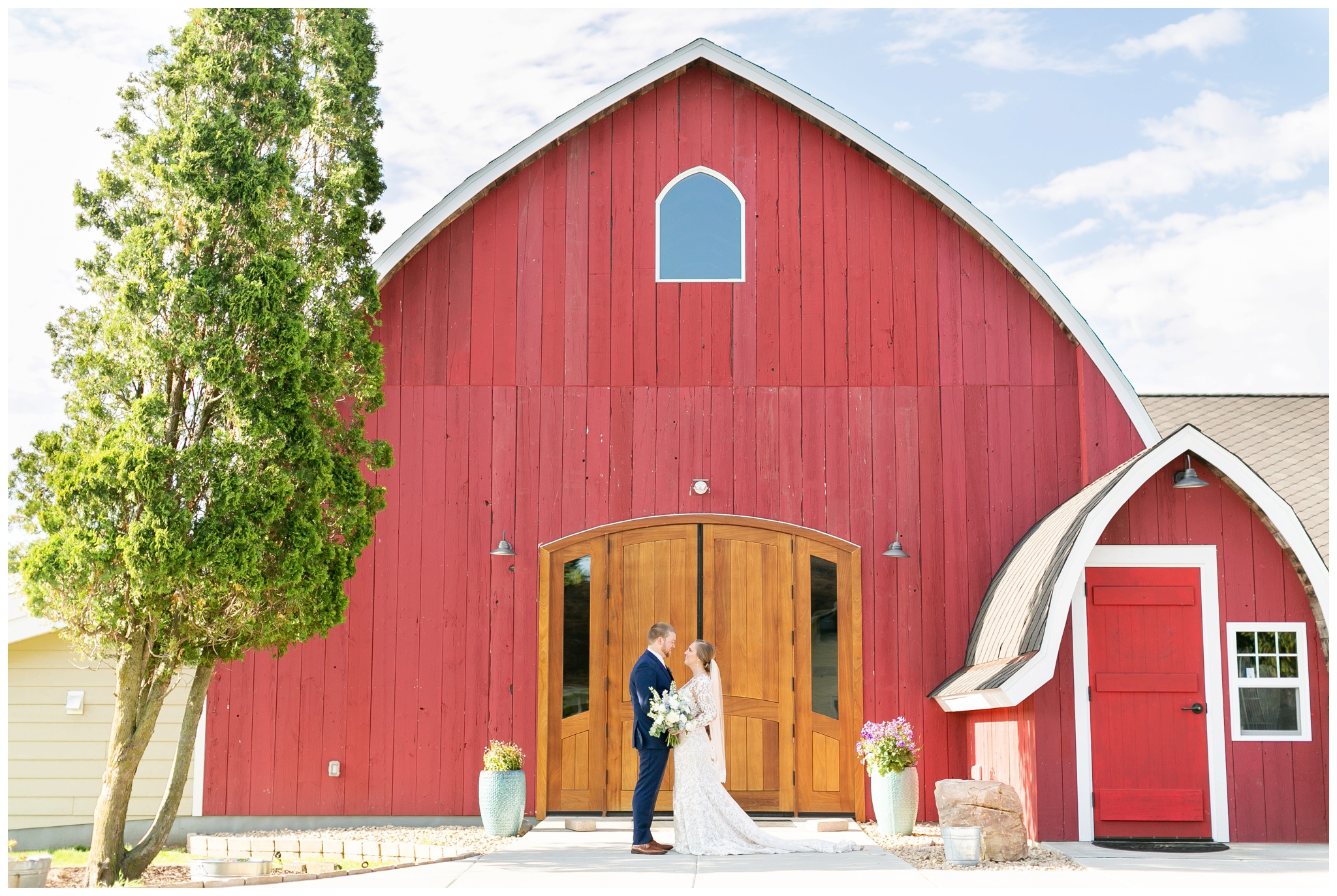 vennebu_hill_baraboo_wisconsin_wedding_madison_wisconsin_wedding_photographers_3053.jpg