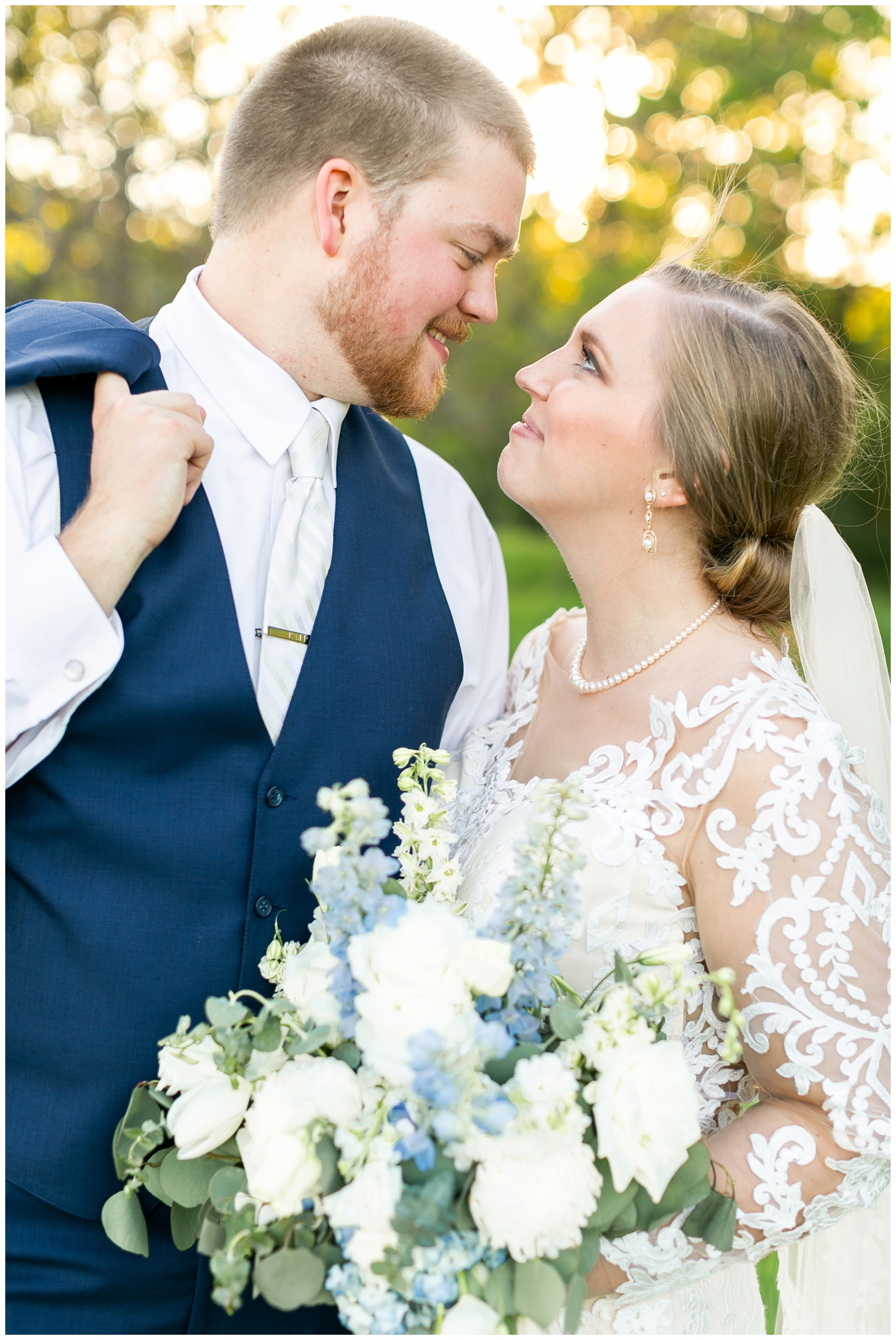 vennebu_hill_baraboo_wisconsin_wedding_madison_wisconsin_wedding_photographers_3061.jpg