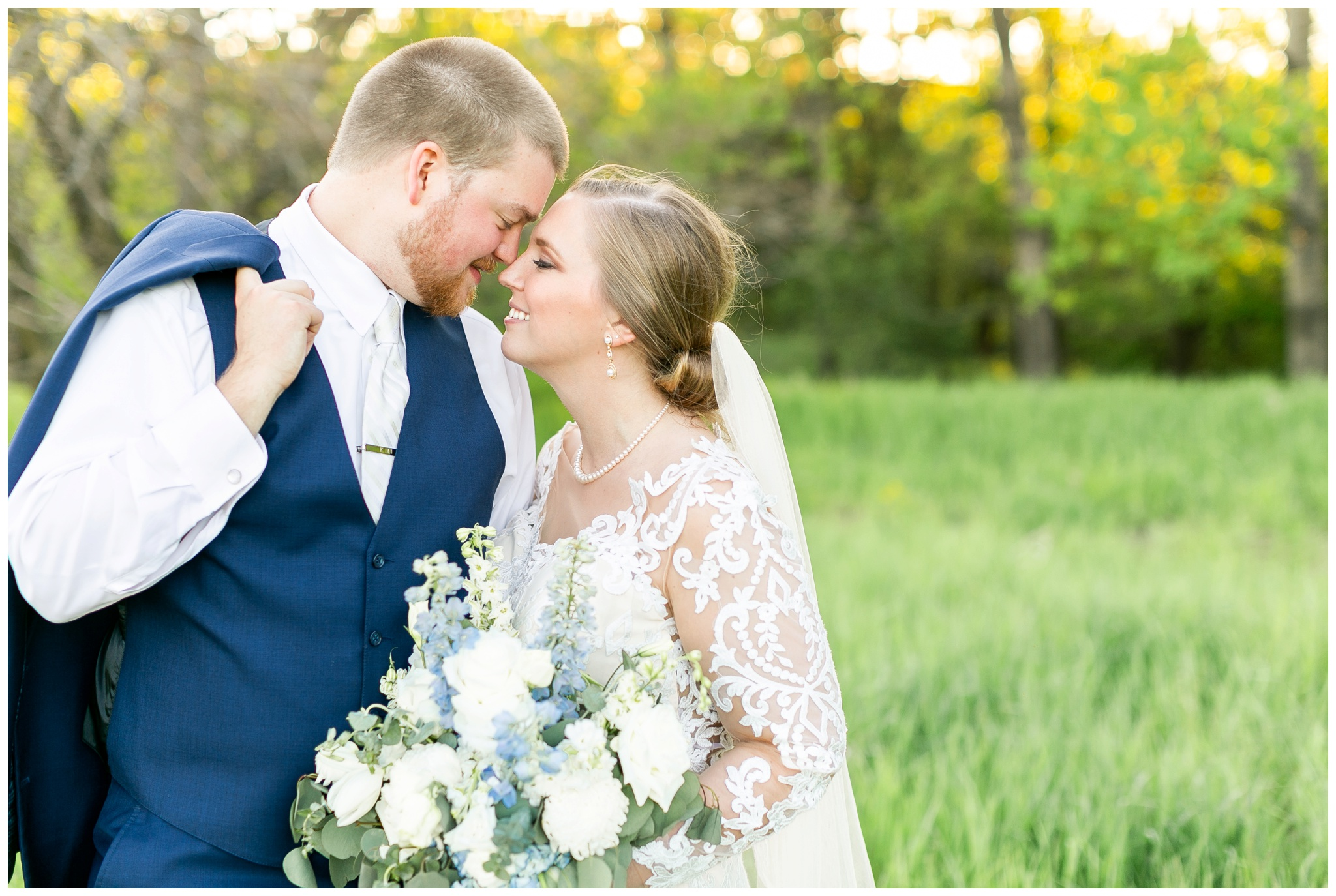 vennebu_hill_baraboo_wisconsin_wedding_madison_wisconsin_wedding_photographers_3062.jpg