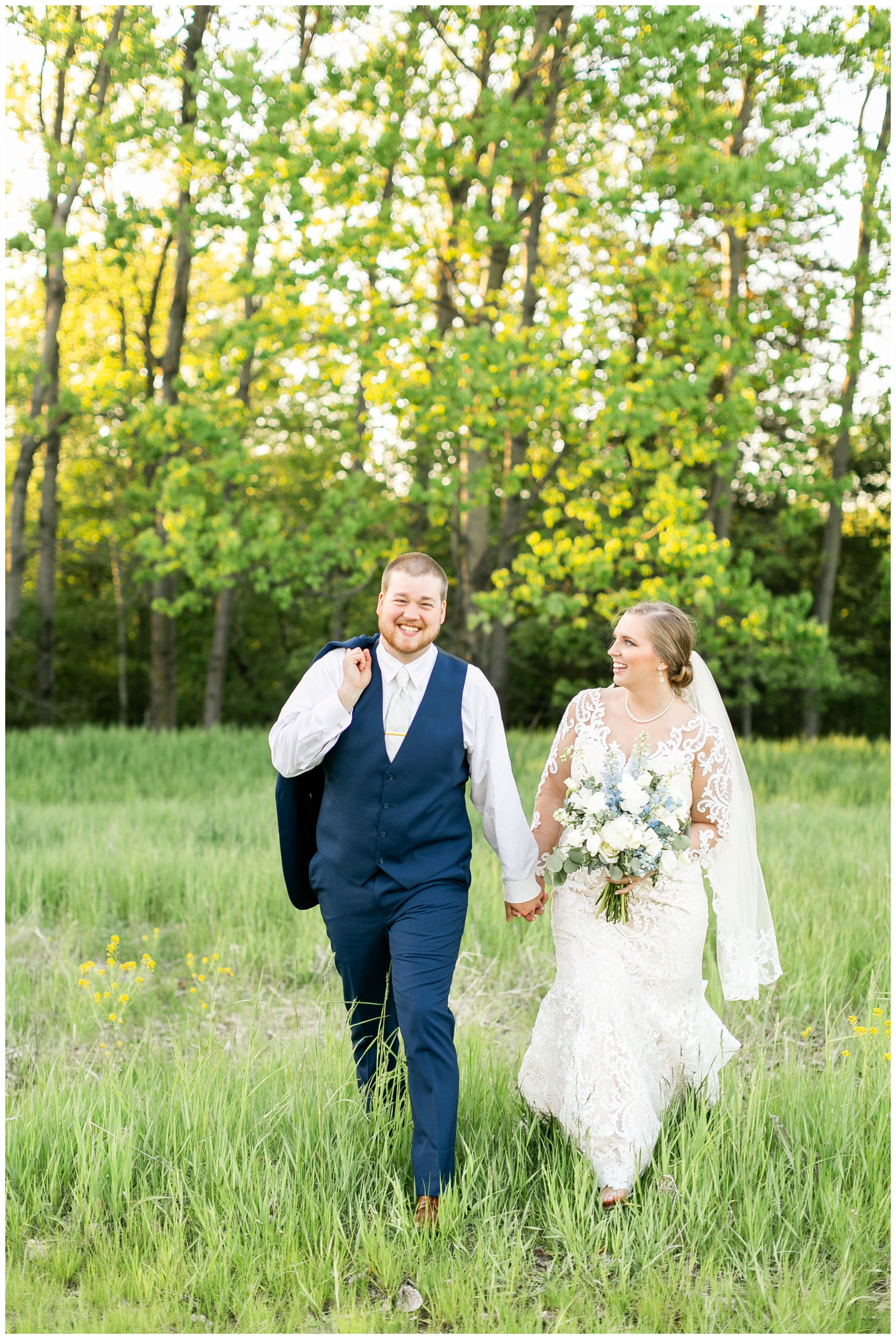 vennebu_hill_baraboo_wisconsin_wedding_madison_wisconsin_wedding_photographers_3065.jpg