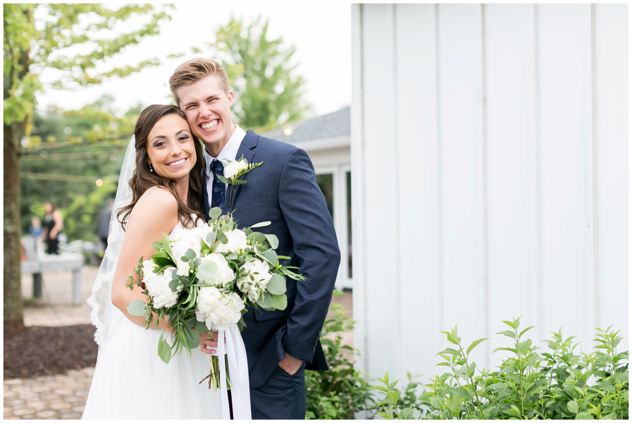 boxed_and_burlap_wedding_caynay_photo_delavan_wisconsin_photographer_3747.jpg