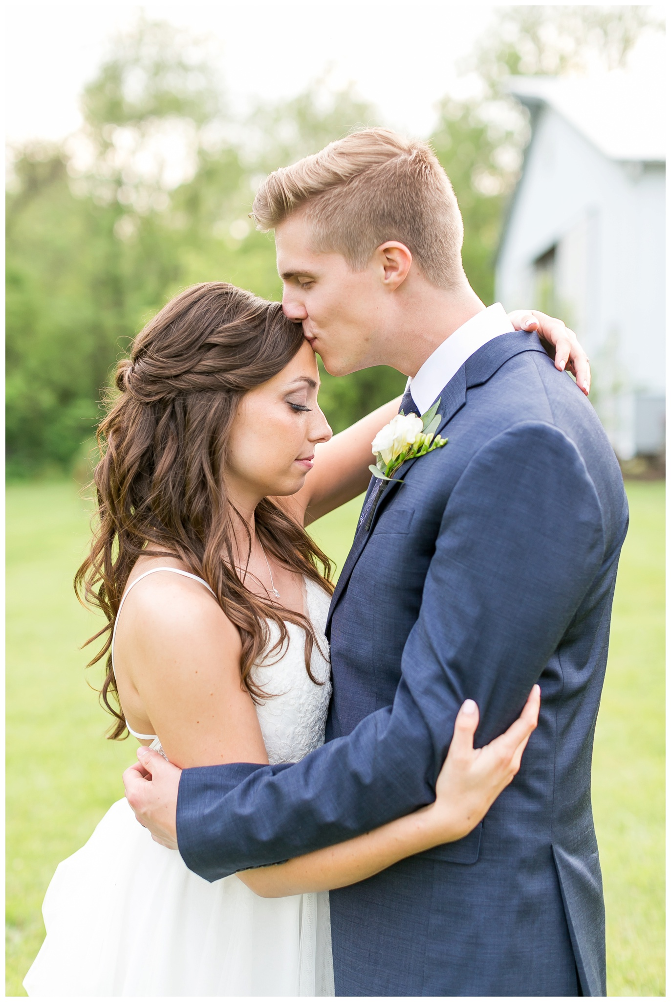 boxed_and_burlap_wedding_caynay_photo_delavan_wisconsin_photographer_3768.jpg