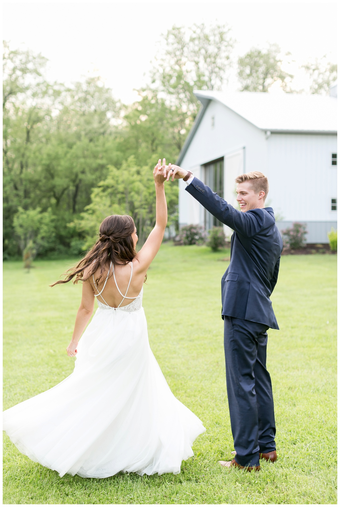 boxed_and_burlap_wedding_caynay_photo_delavan_wisconsin_photographer_3774.jpg