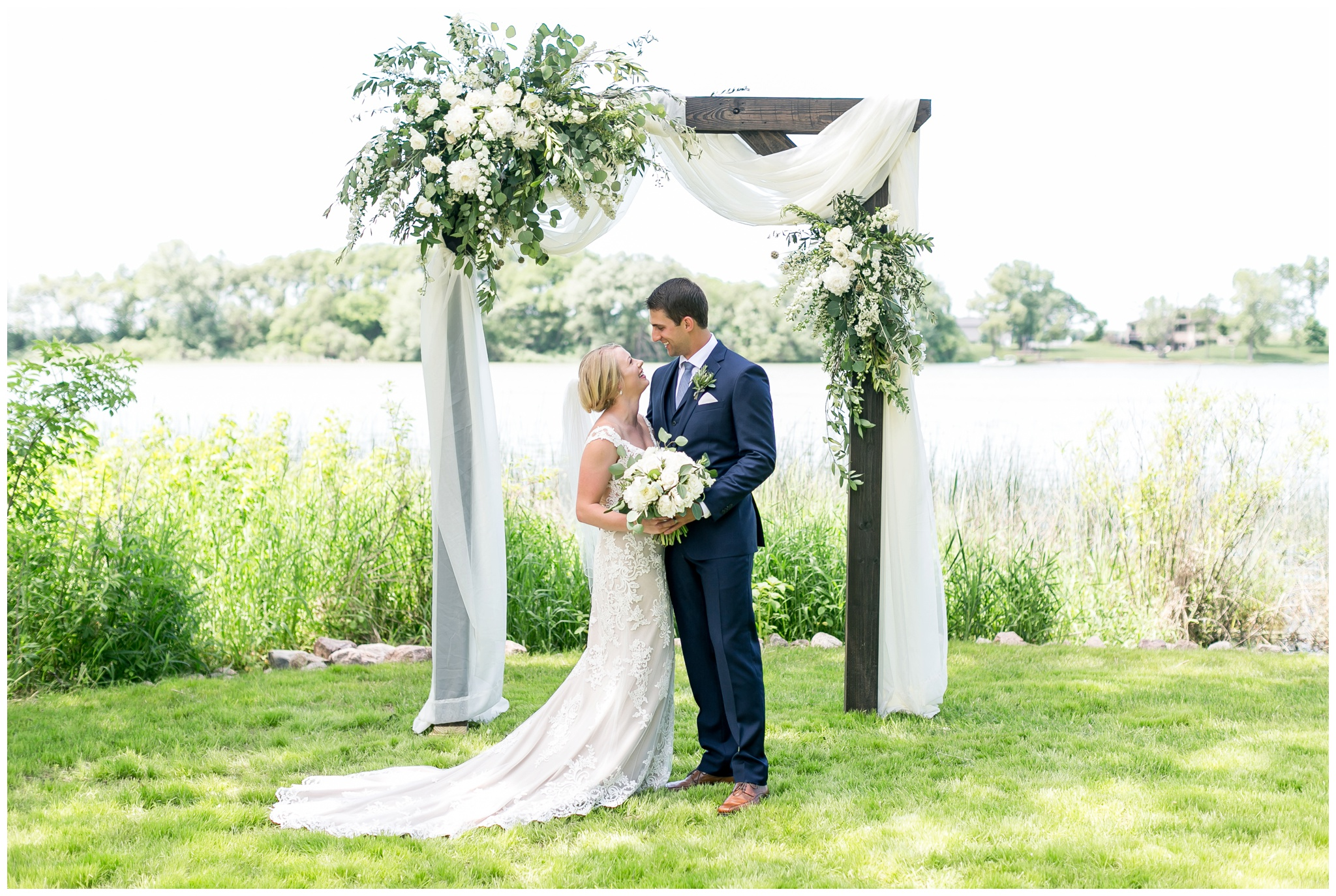 private_estate_wedding_stoughton_wisconsin_wedding_caynay_photo_3845.jpg