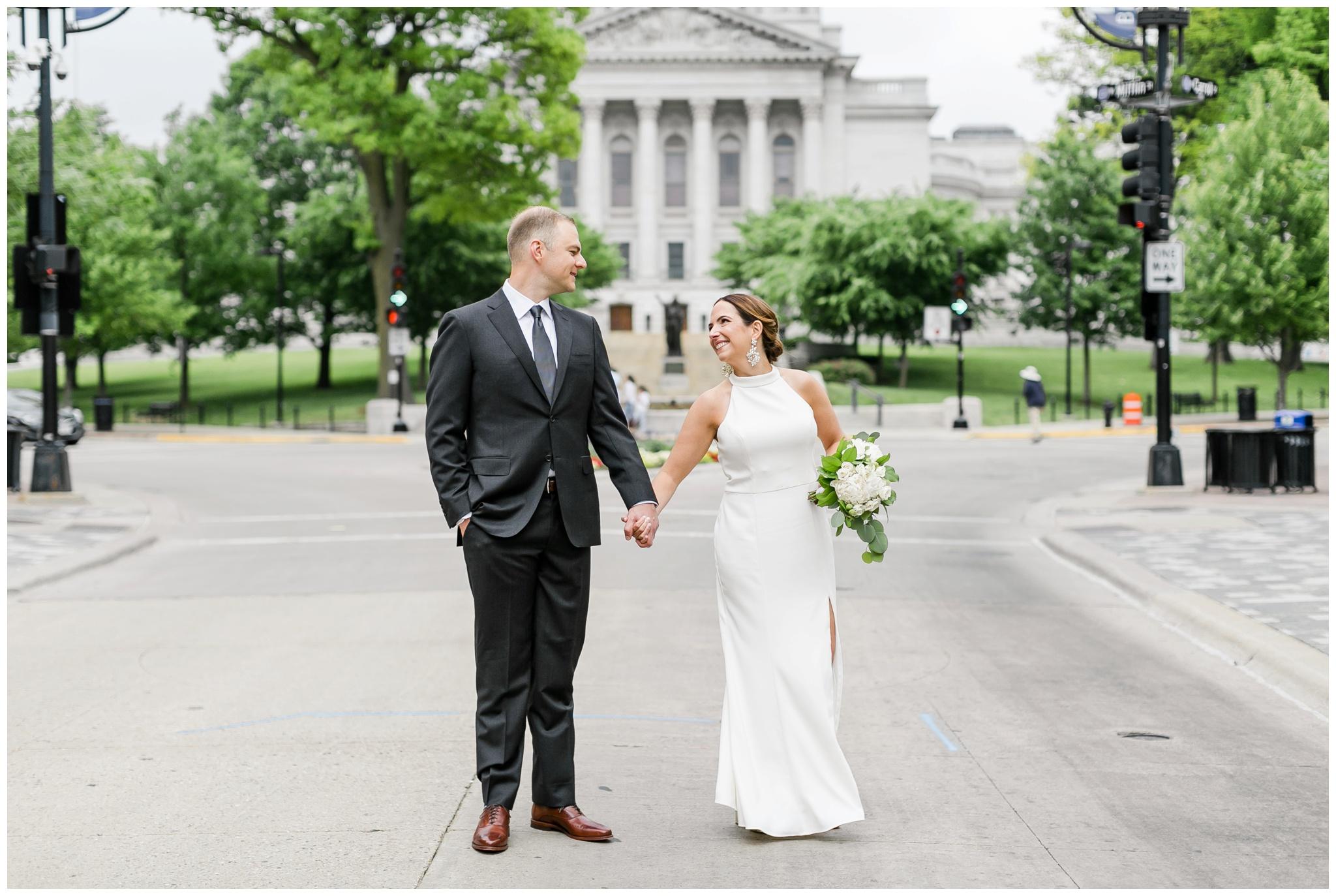 overture_center_wedding_madison_wisconsin_wedding_photographers_3938.jpg