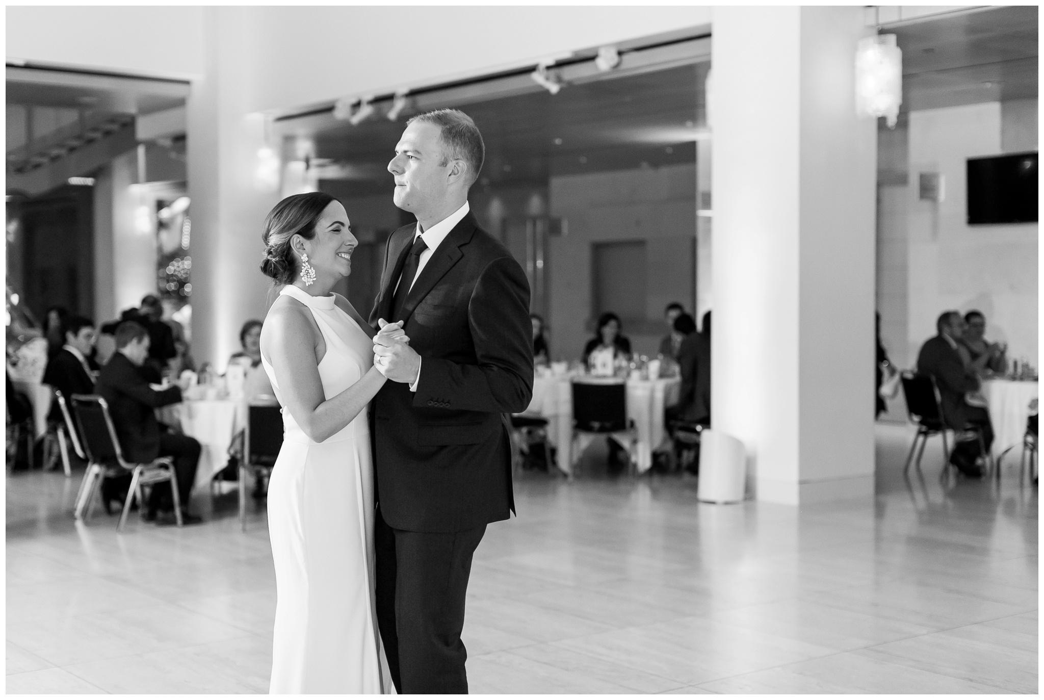 overture_center_wedding_madison_wisconsin_wedding_photographers_3963.jpg
