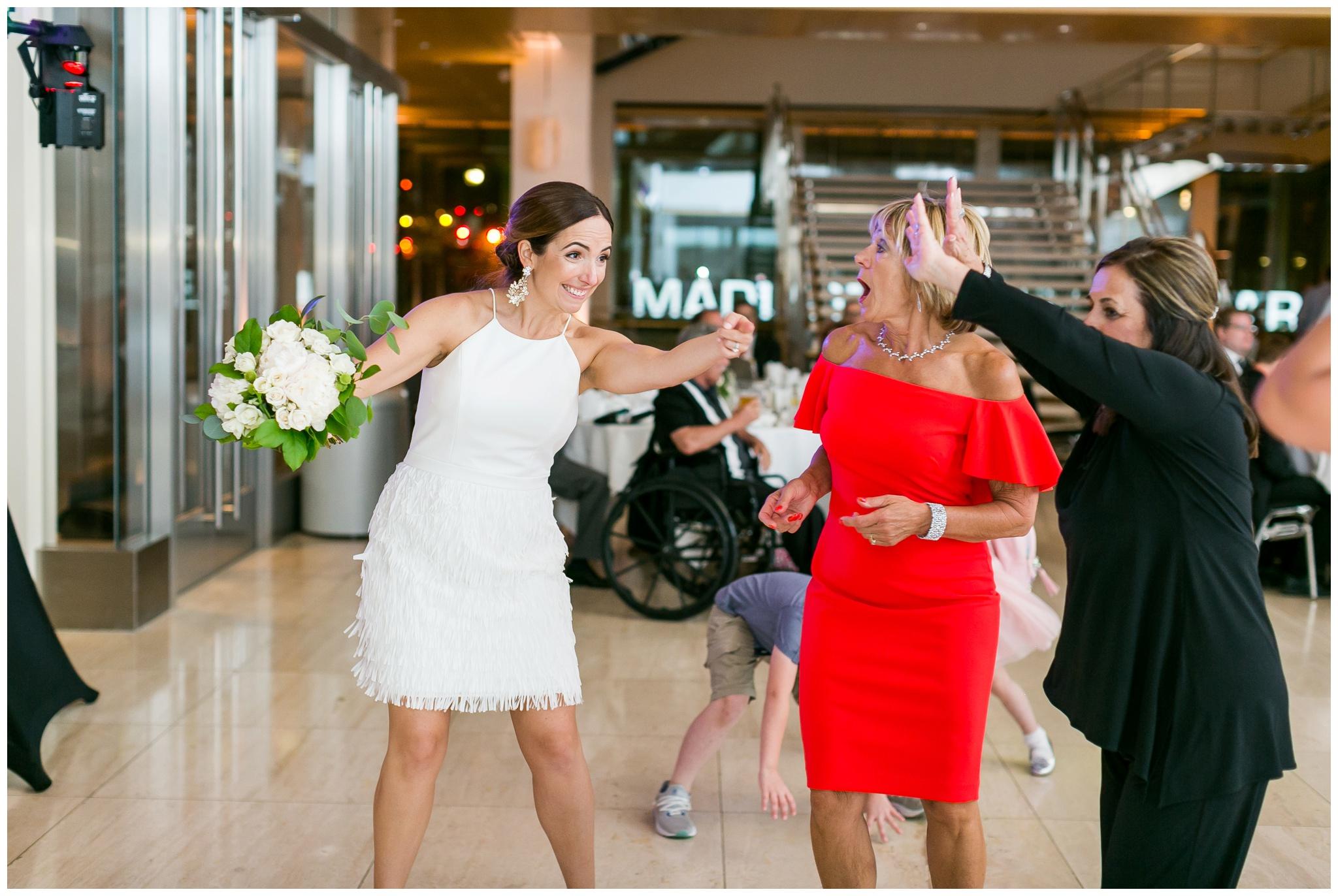 overture_center_wedding_madison_wisconsin_wedding_photographers_3968.jpg