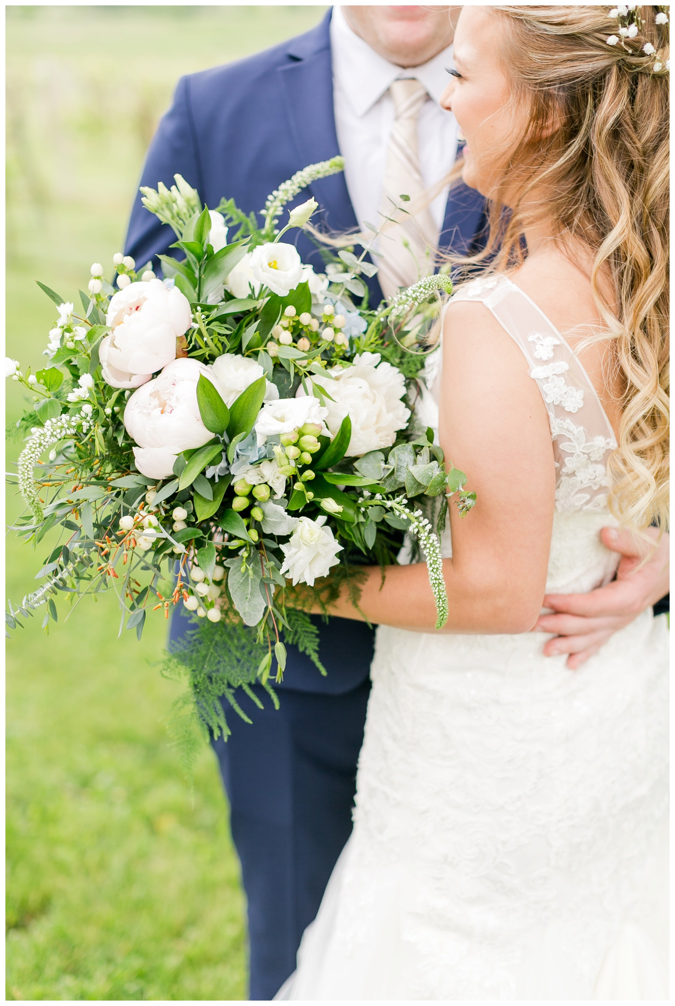 over_the_vines_wedding_edgerton_wisconsin_wedding_caynay_photo_3989.jpg