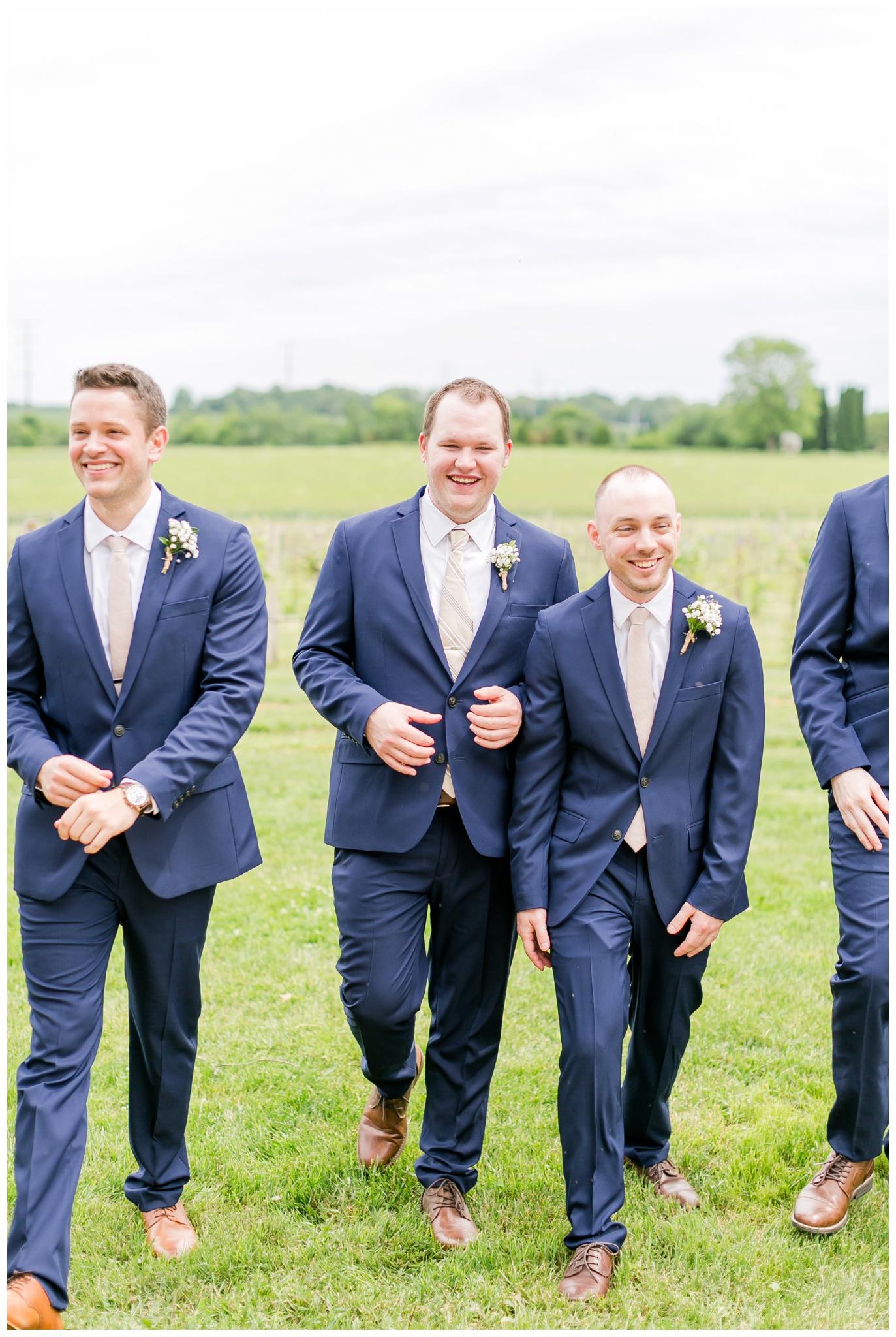 over_the_vines_wedding_edgerton_wisconsin_wedding_caynay_photo_4002.jpg