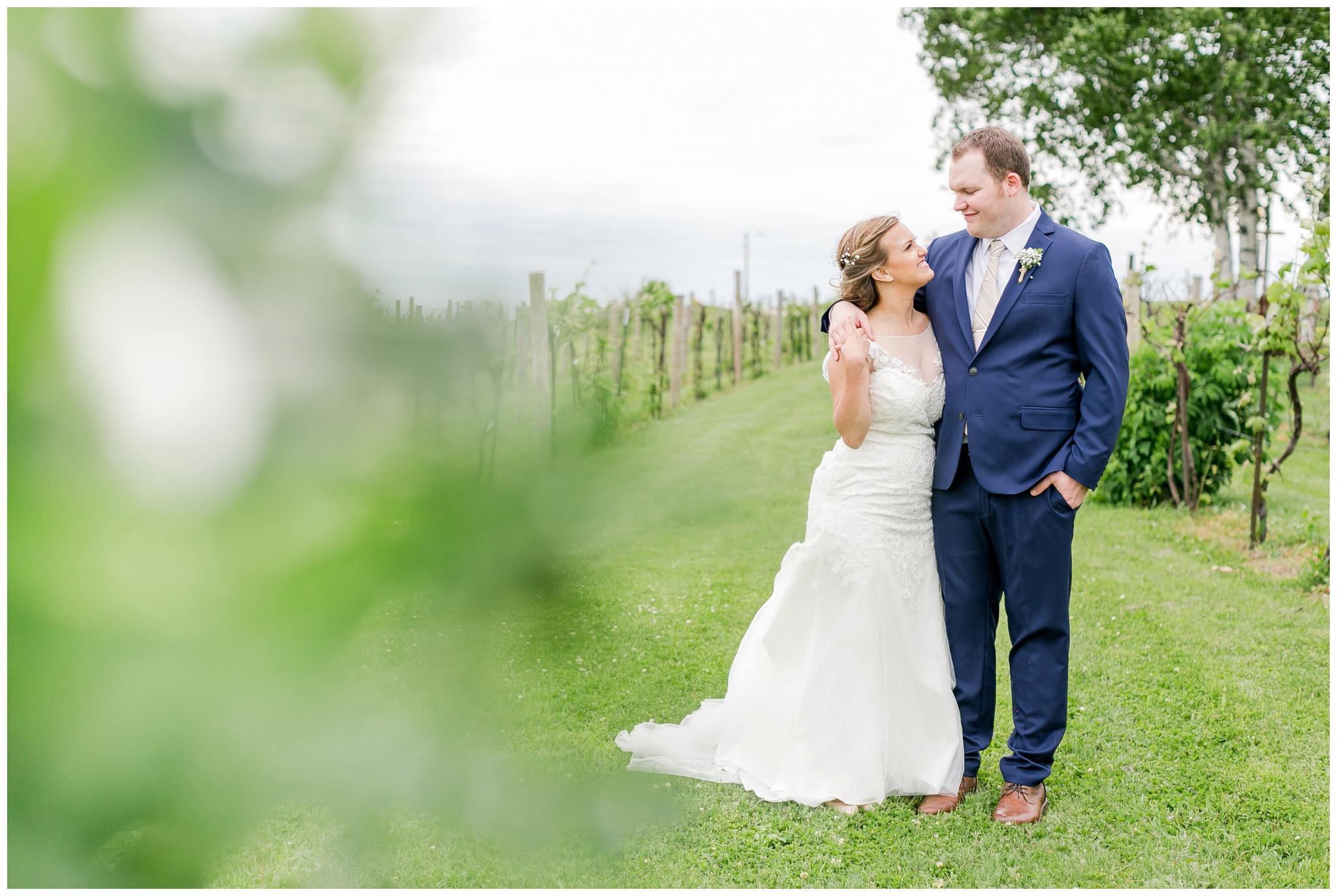 over_the_vines_wedding_edgerton_wisconsin_wedding_caynay_photo_4009.jpg