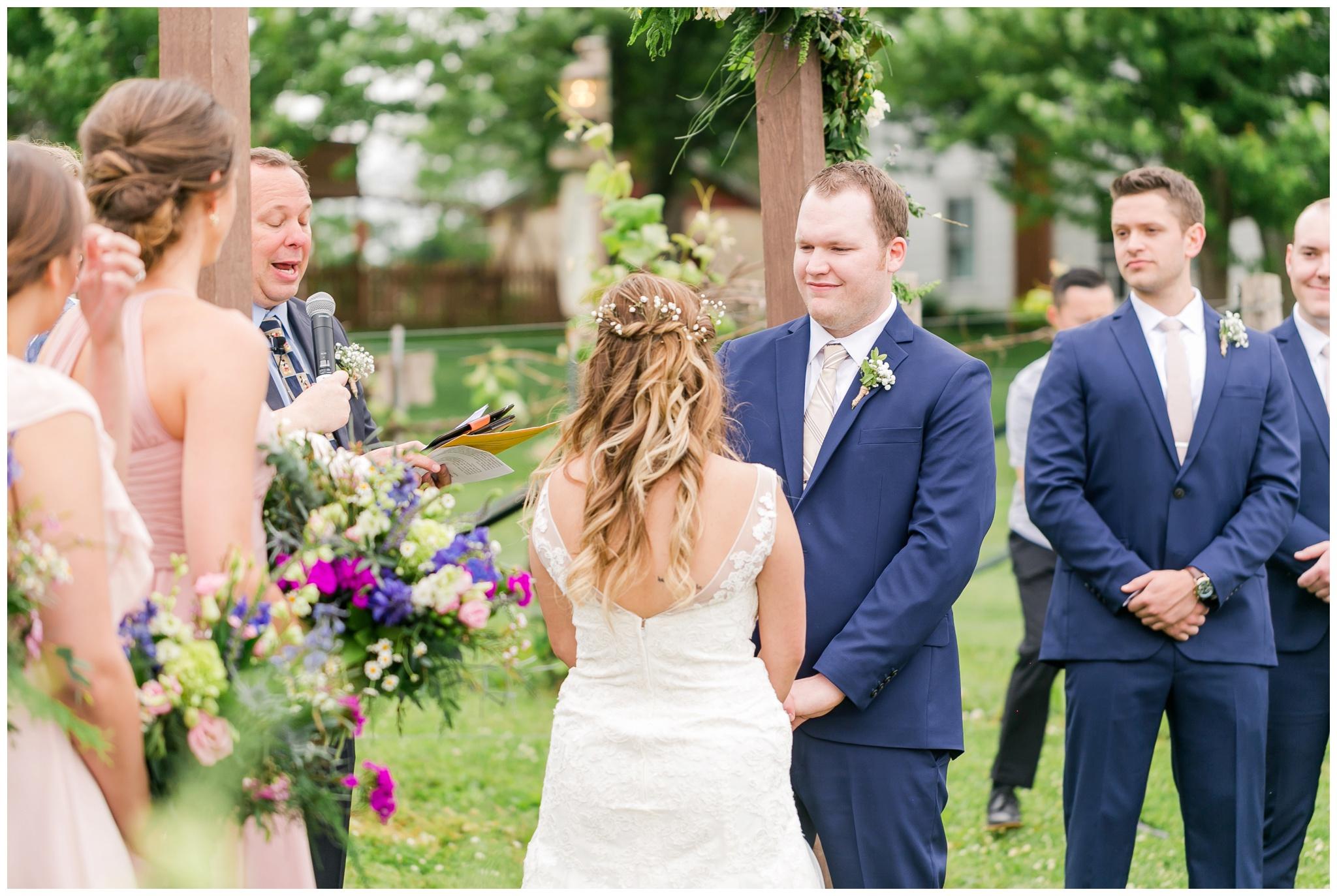 over_the_vines_wedding_edgerton_wisconsin_wedding_caynay_photo_4029.jpg