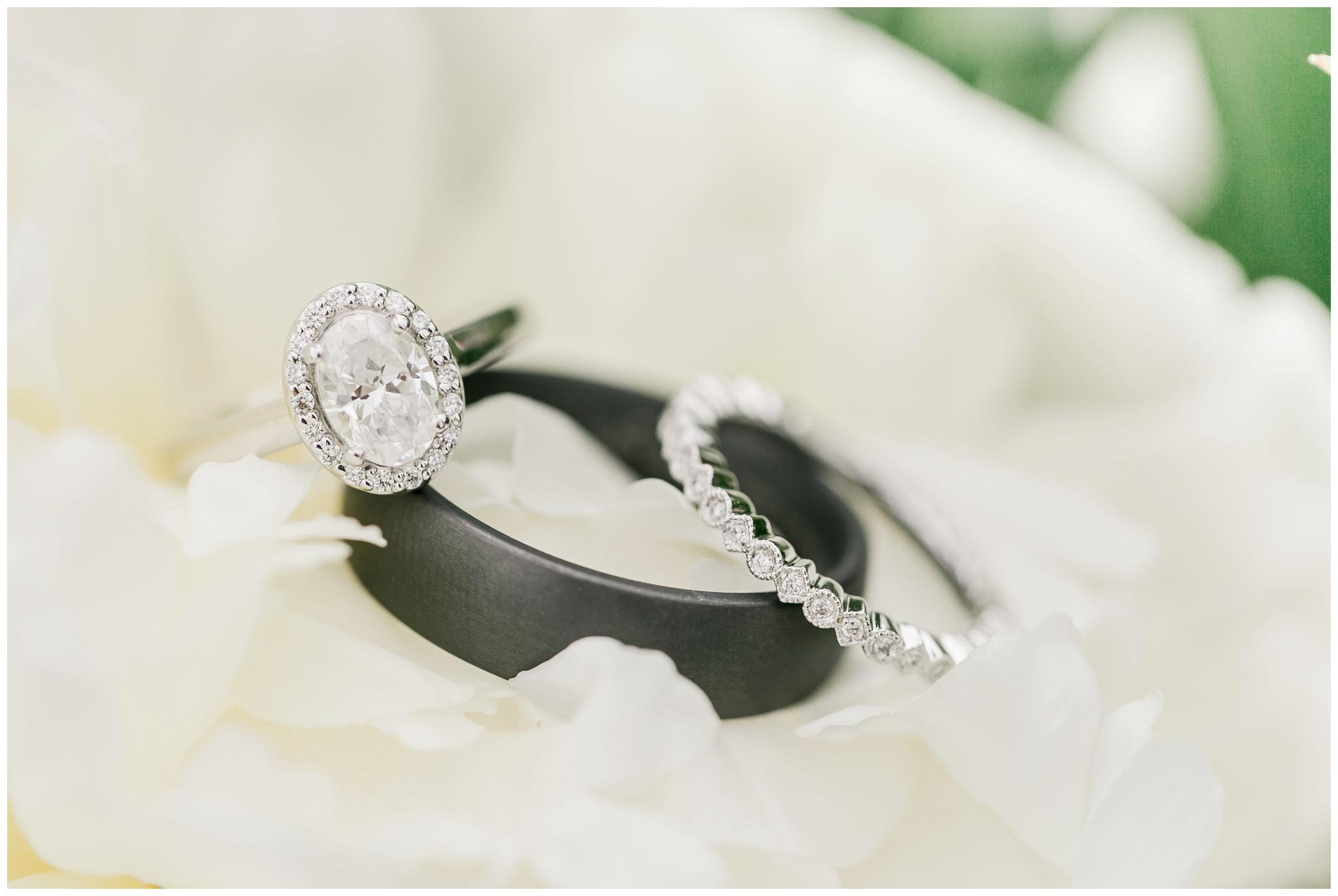 over_the_vines_wedding_edgerton_wisconsin_wedding_caynay_photo_4035.jpg