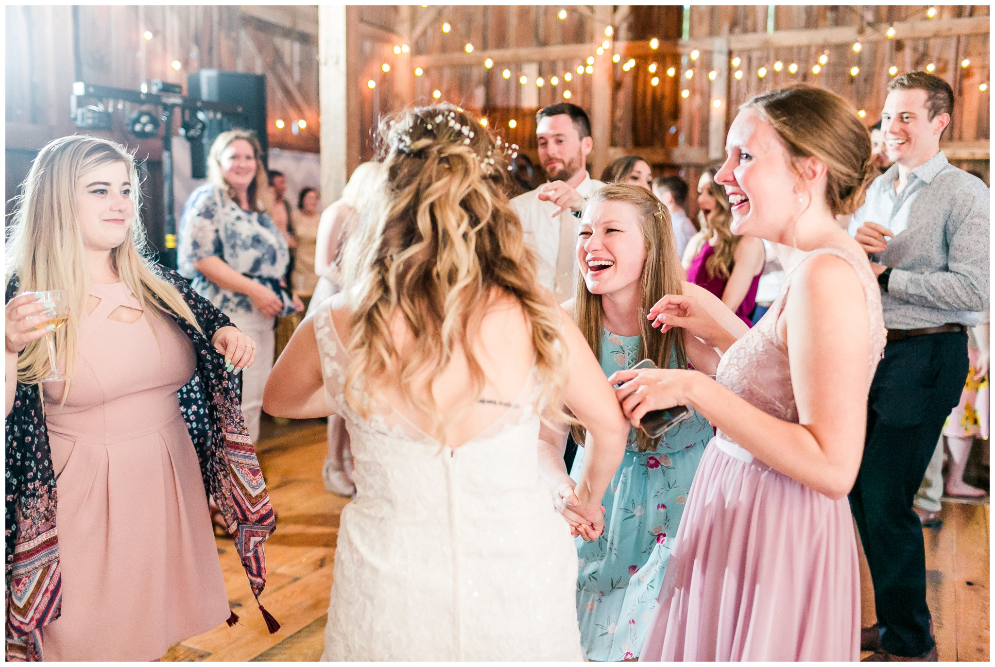over_the_vines_wedding_edgerton_wisconsin_wedding_caynay_photo_4047.jpg