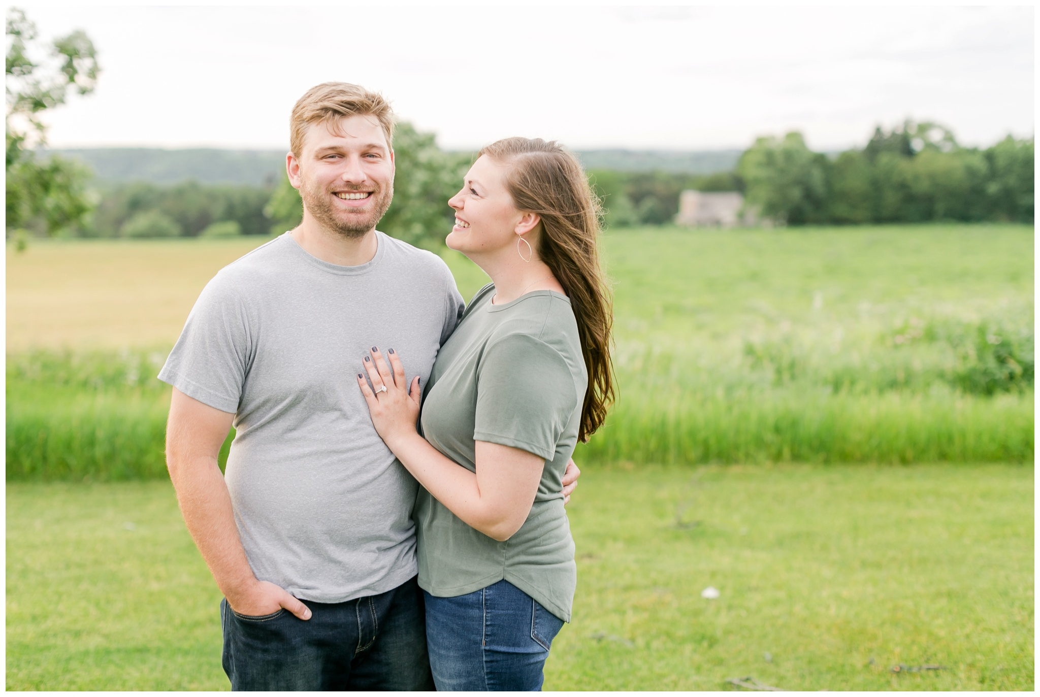 pope_farm_conservancy_engagement_session_madison_wisconsin_engagement_photographers_4144.jpg