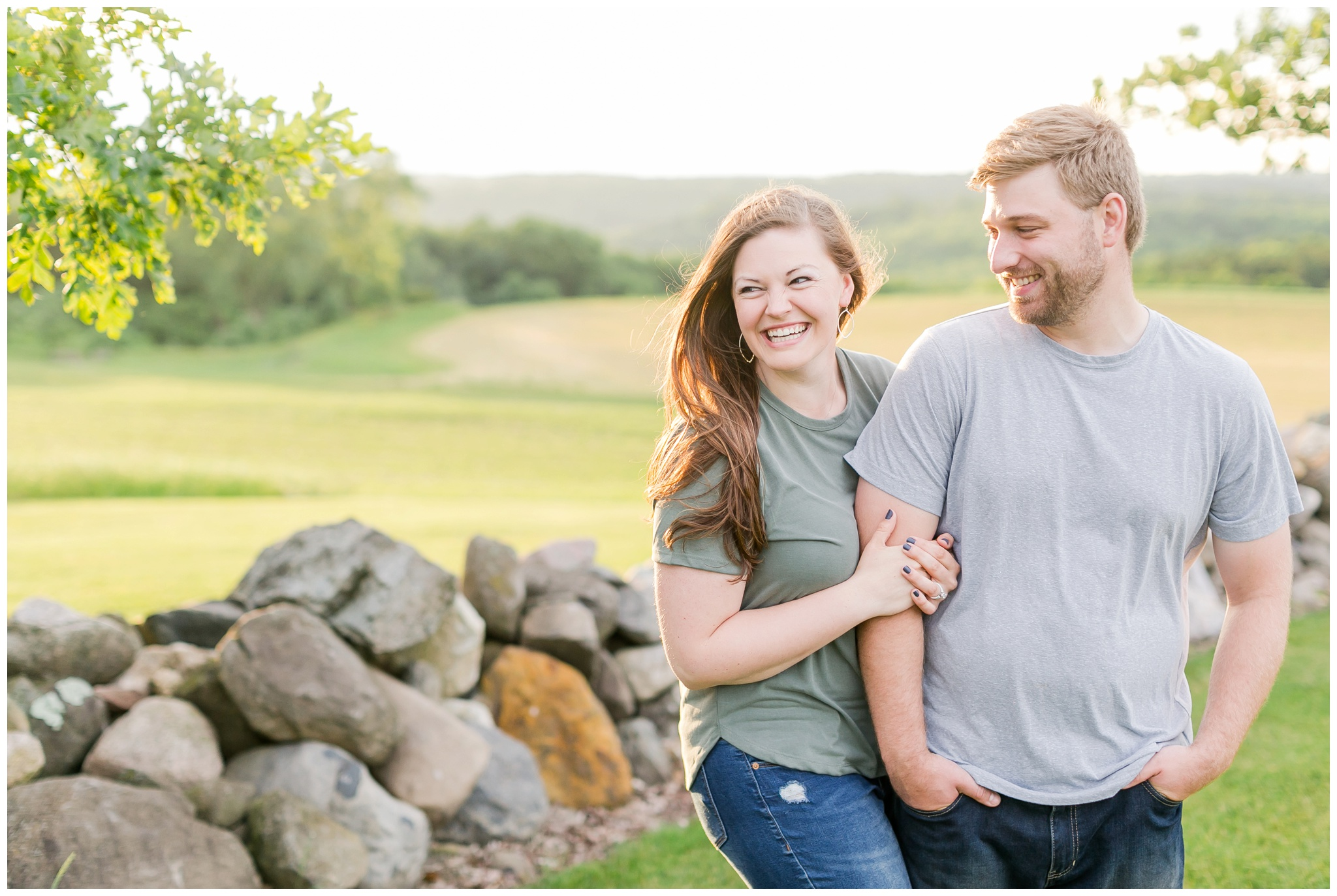 pope_farm_conservancy_engagement_session_madison_wisconsin_engagement_photographers_4158.jpg