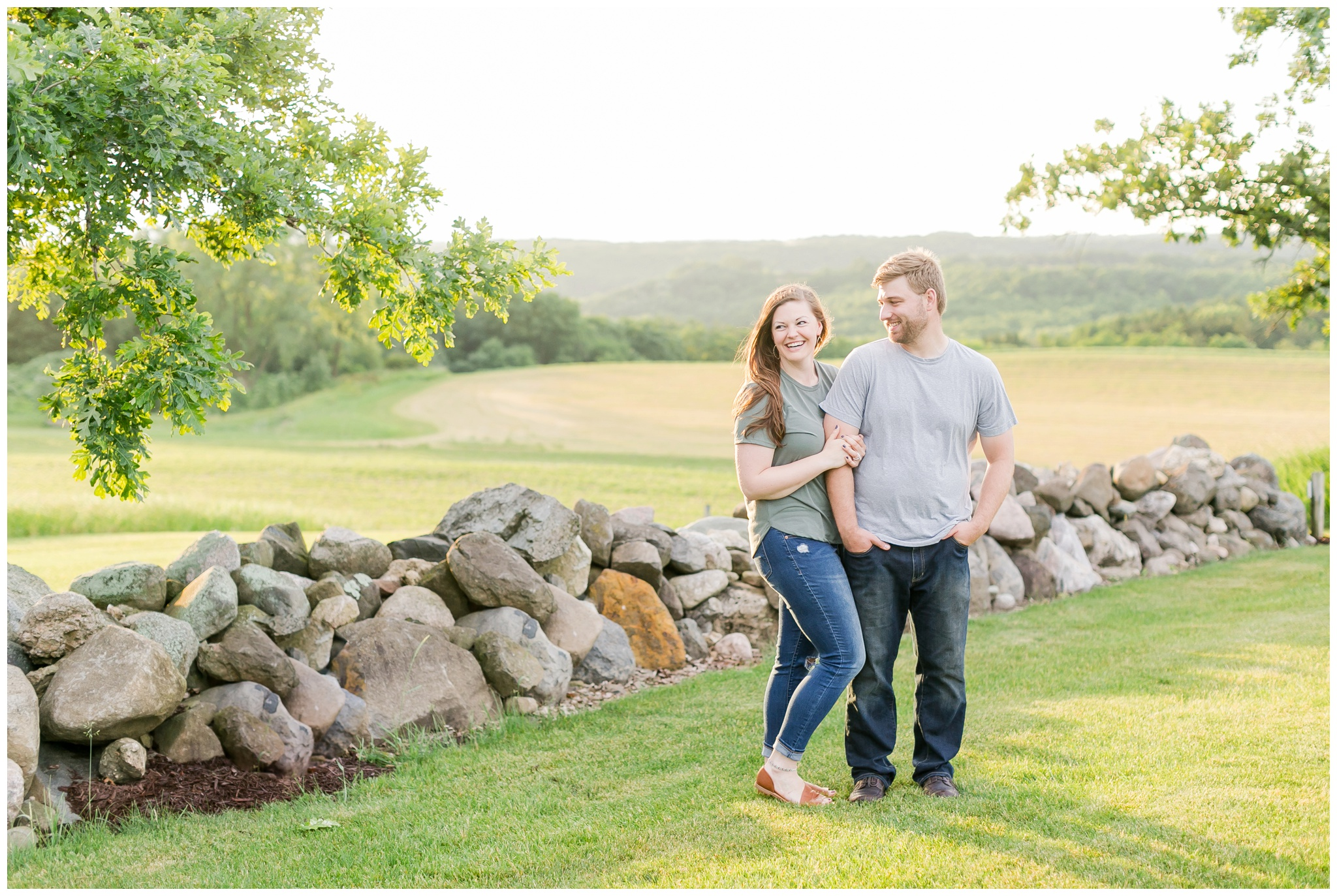 pope_farm_conservancy_engagement_session_madison_wisconsin_engagement_photographers_4159.jpg