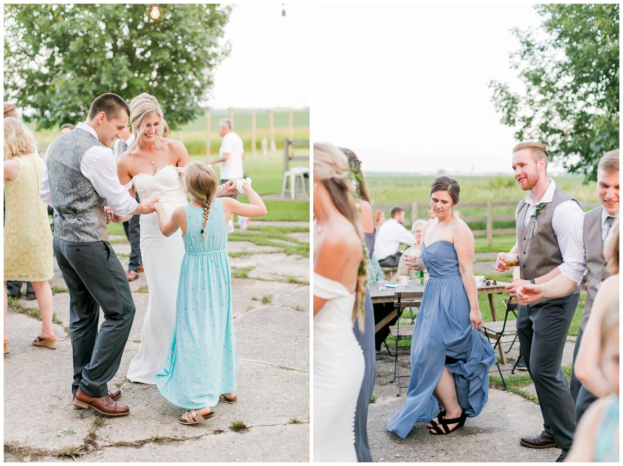 vintage_fields_farmin_betty's_colombus_wisconsin_wedding_briar_loft_3165.jpg