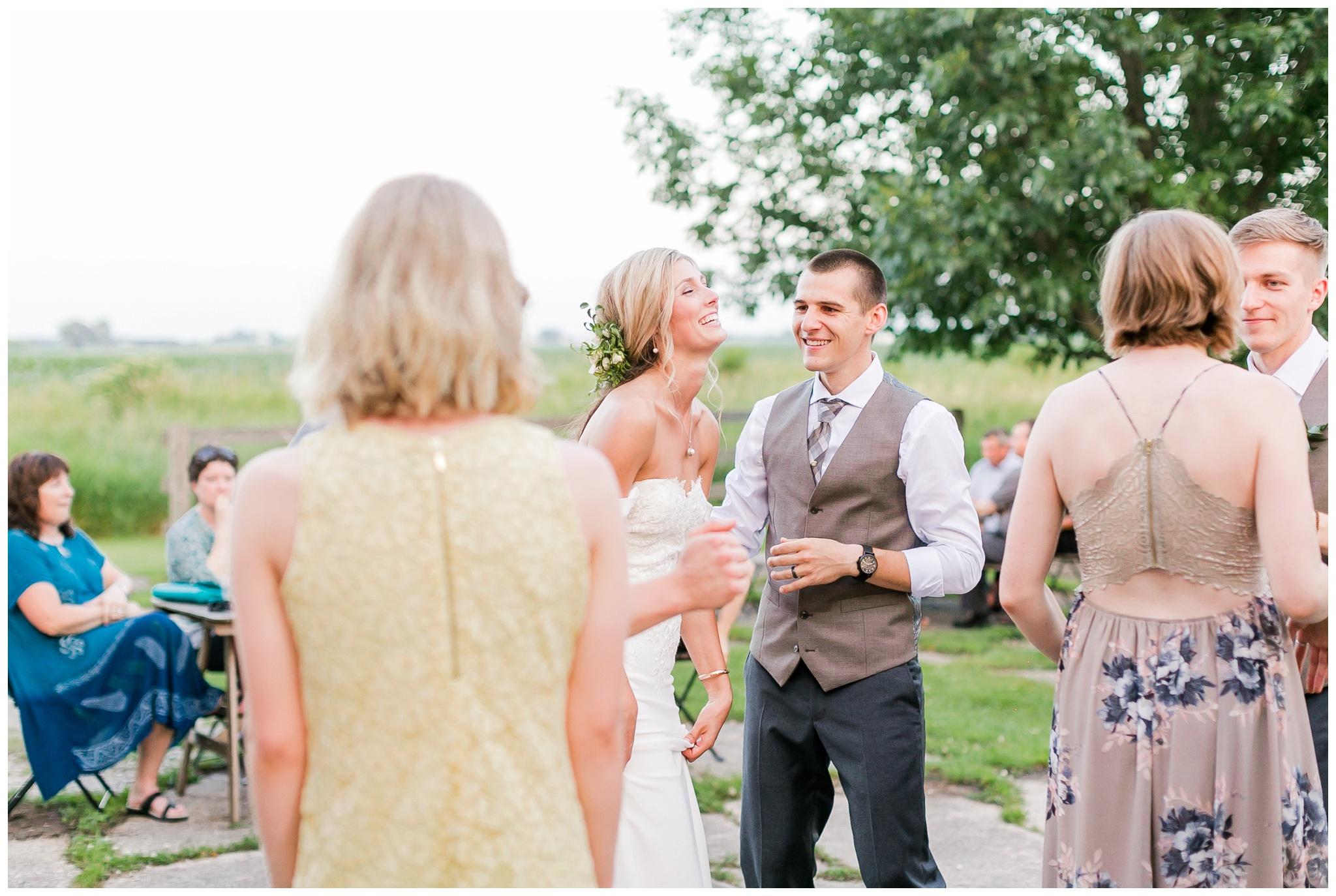 vintage_fields_farmin_betty's_colombus_wisconsin_wedding_briar_loft_3168.jpg