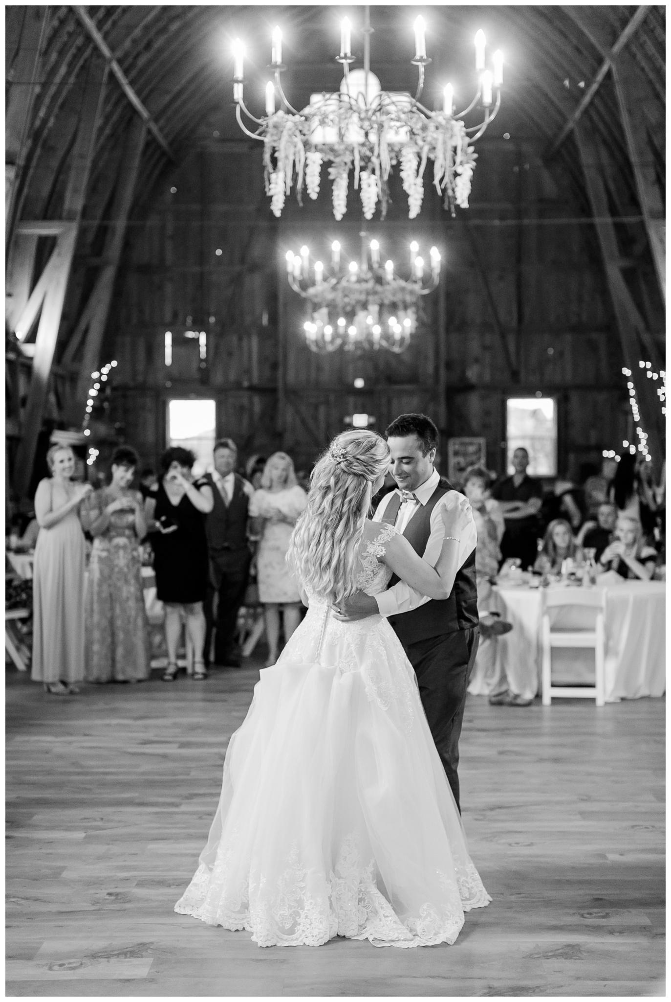 Sugarland_barn_arena_wisconsin_wedding_madison_wisconsin_4297.jpg