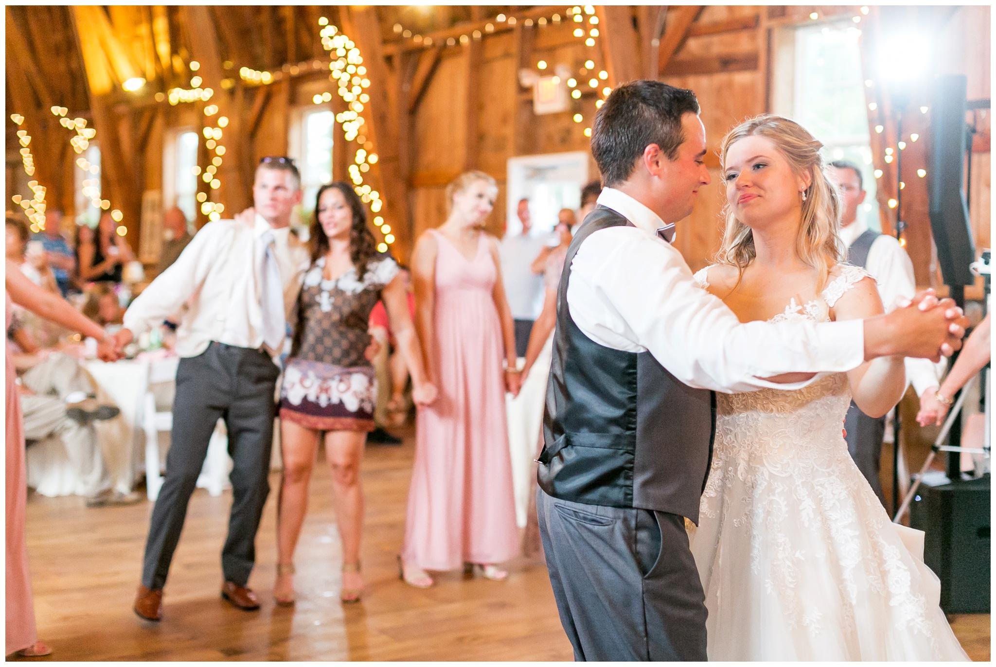 Sugarland_barn_arena_wisconsin_wedding_madison_wisconsin_4300.jpg
