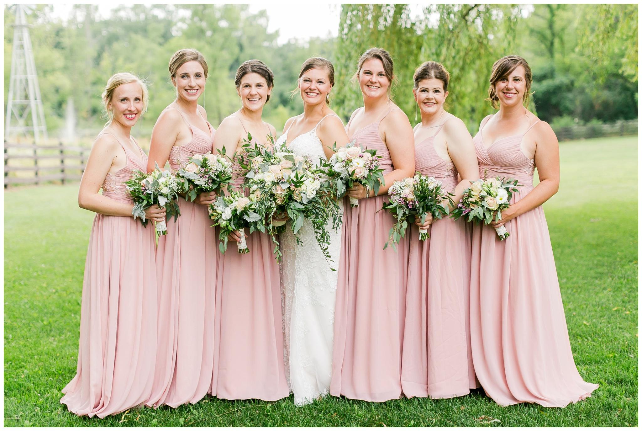 Barn_at_harvest_moon_pond_wedding_madison_wisconsin_wedding_photographers_3210.jpg