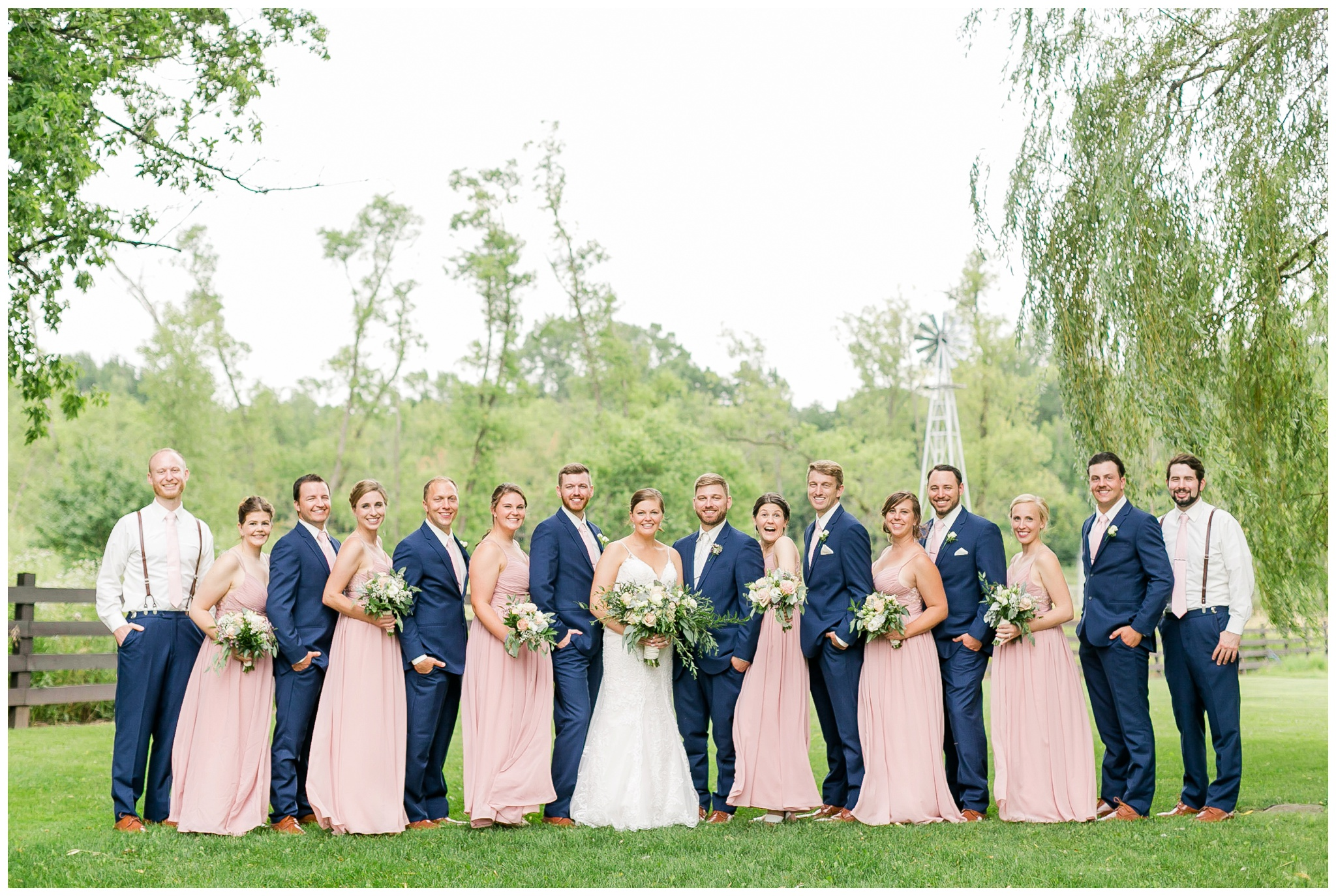 Barn_at_harvest_moon_pond_wedding_madison_wisconsin_wedding_photographers_3217.jpg