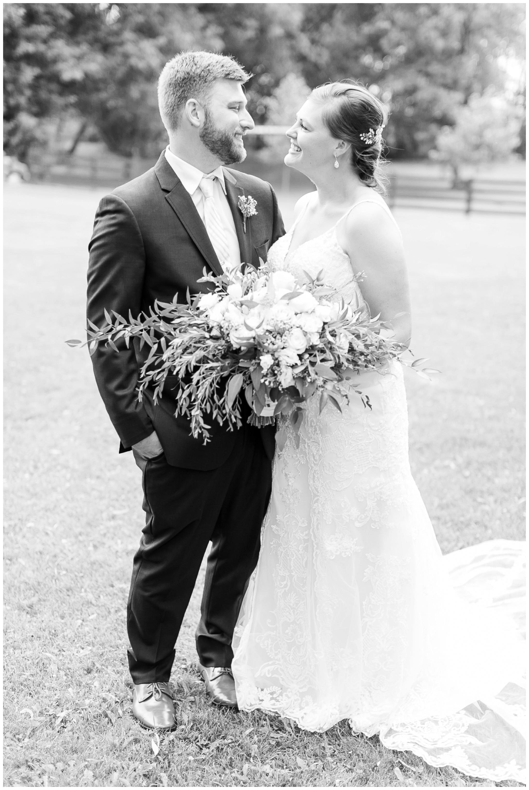 Barn_at_harvest_moon_pond_wedding_madison_wisconsin_wedding_photographers_3223.jpg