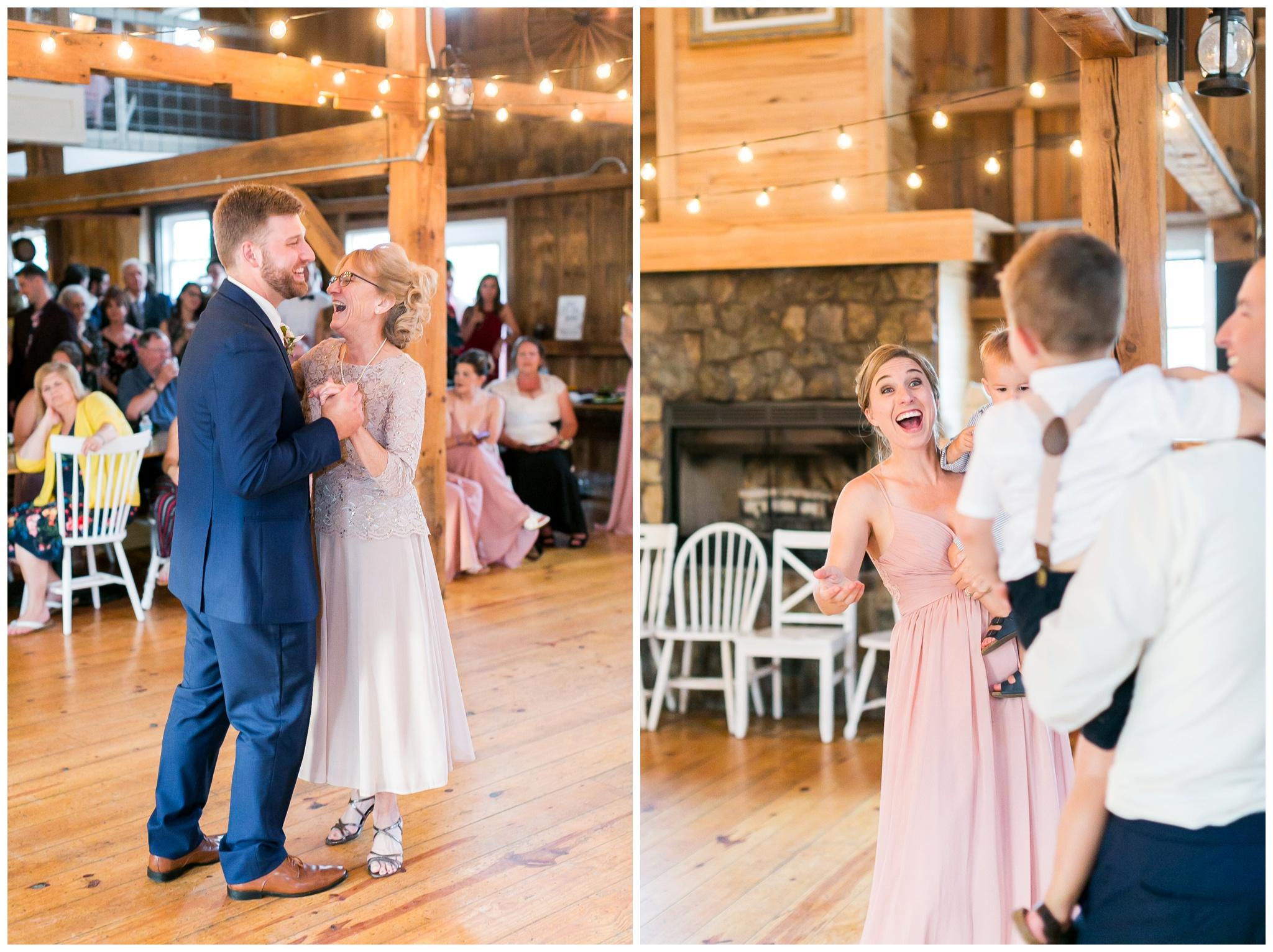 Barn_at_harvest_moon_pond_wedding_madison_wisconsin_wedding_photographers_3245.jpg