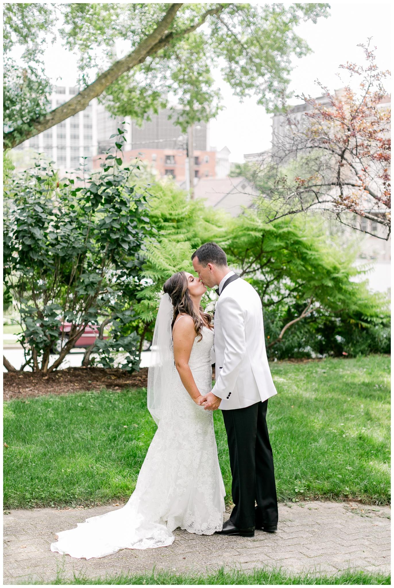 UW_Memorial_Union_wedding_madison_wisconsin_wedding_photographers_4593.jpg