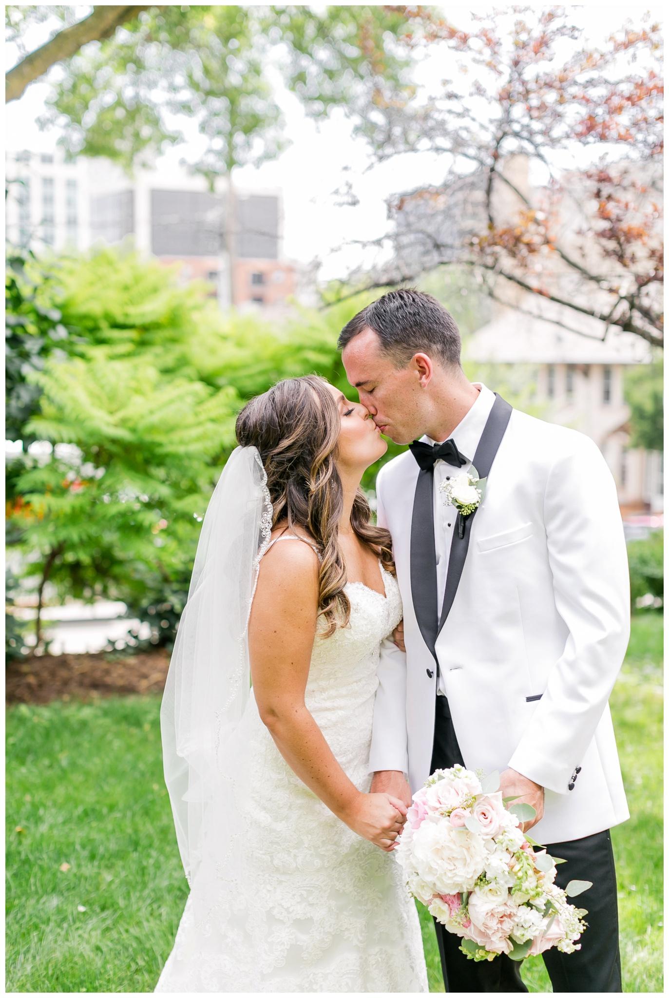 UW_Memorial_Union_wedding_madison_wisconsin_wedding_photographers_4603.jpg