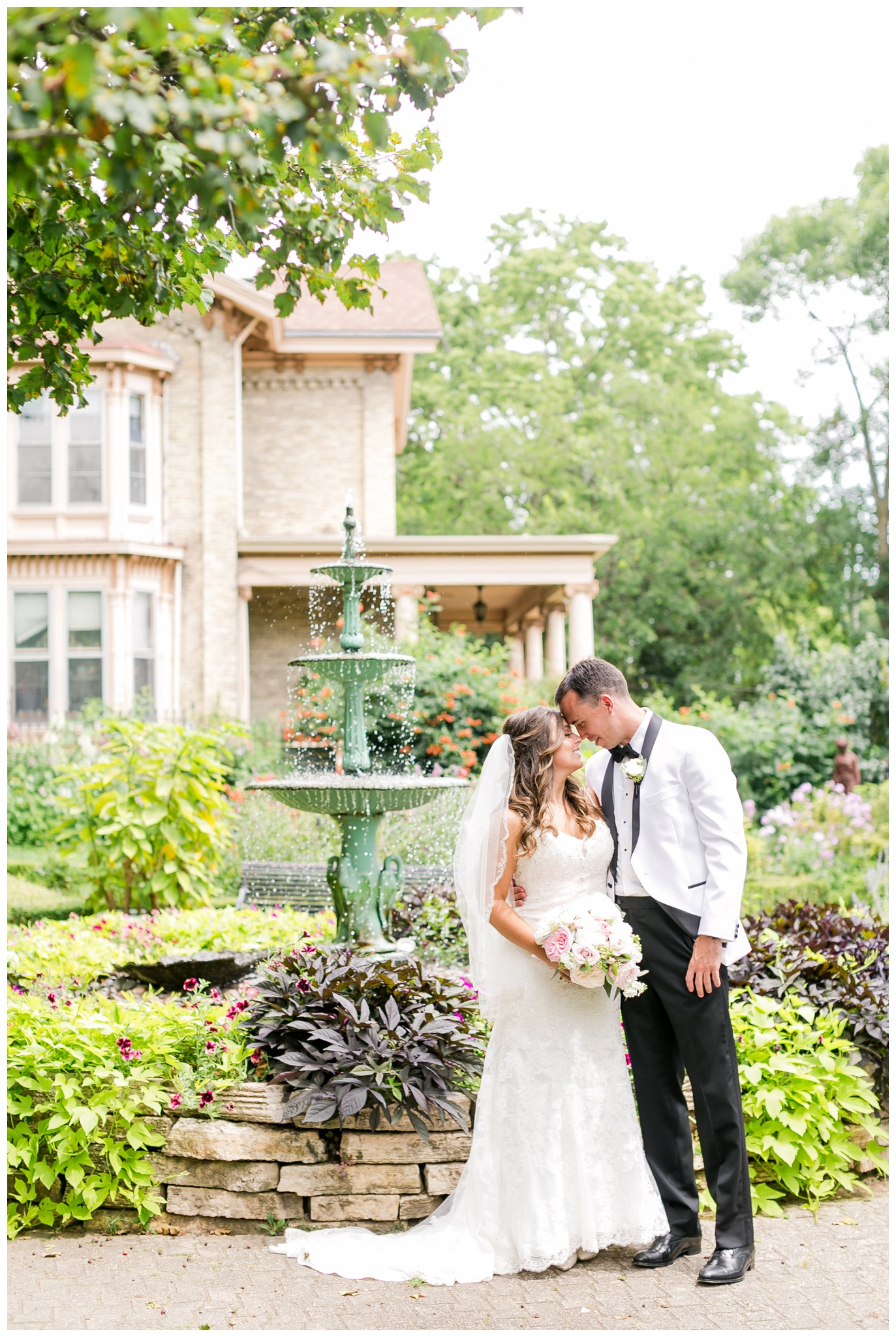 UW_Memorial_Union_wedding_madison_wisconsin_wedding_photographers_4606.jpg