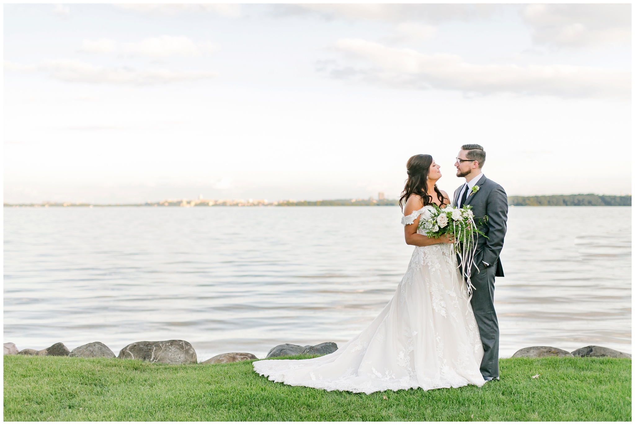 bishops_bay_country_club_wedding_middleton_wisconsin_caynay_photo_4740.jpg