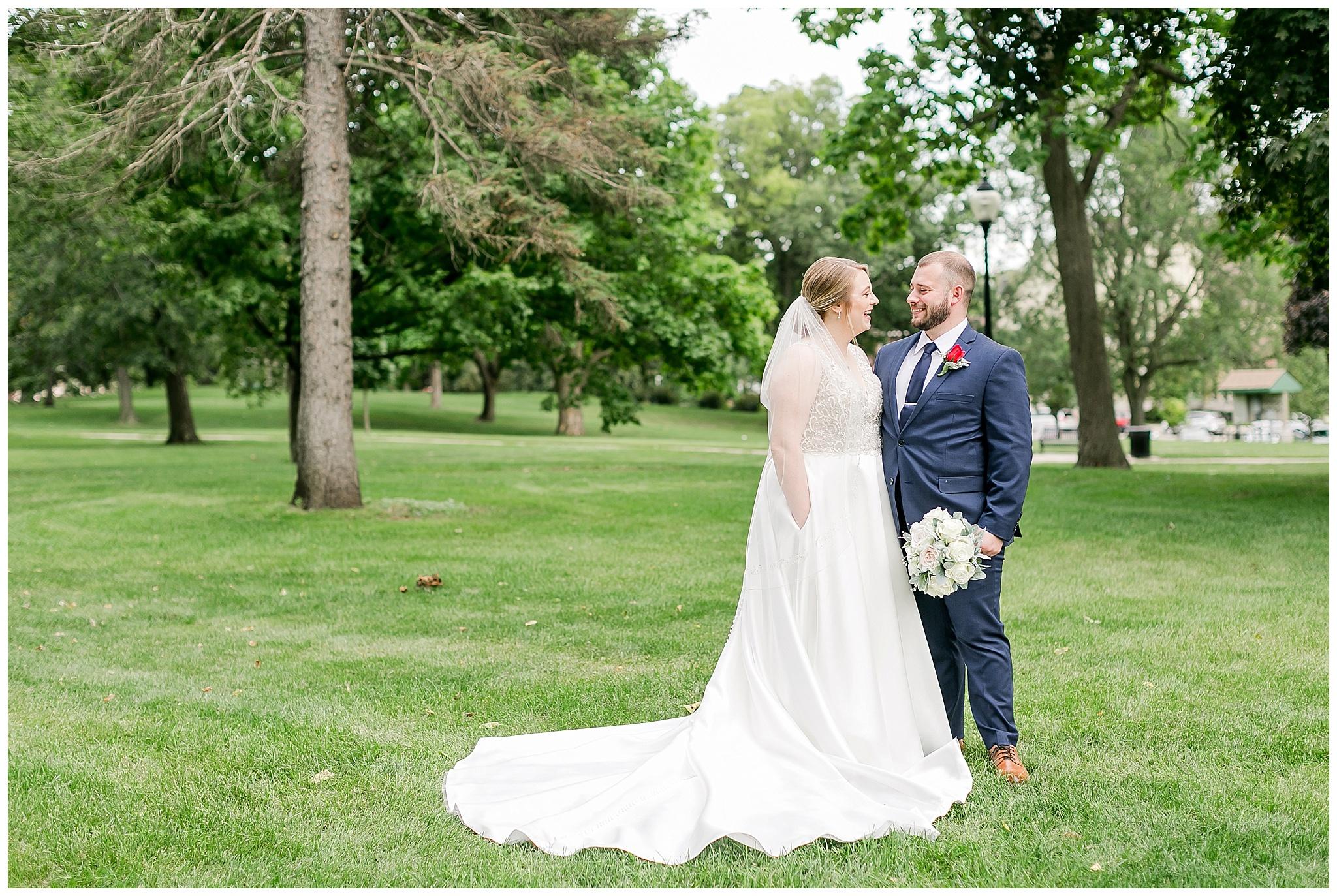 la_casa_grande_wedding_beloit_wisconsin_caynay_photo_0030.jpg