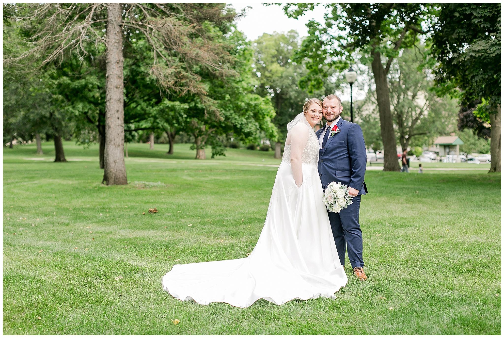 la_casa_grande_wedding_beloit_wisconsin_caynay_photo_0032.jpg