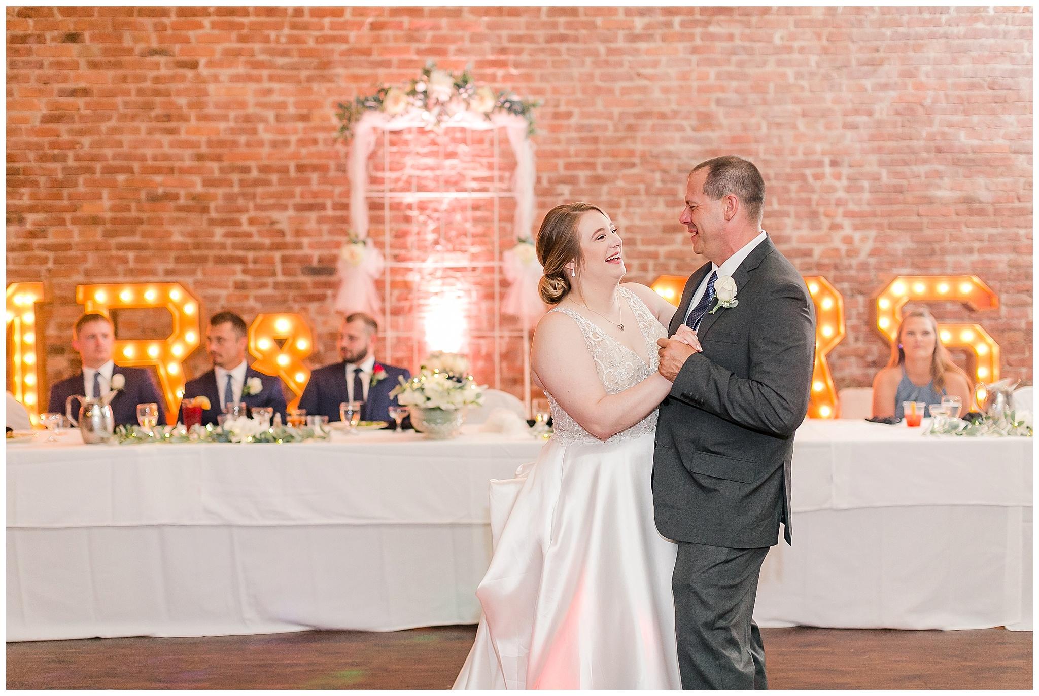 la_casa_grande_wedding_beloit_wisconsin_caynay_photo_0040.jpg