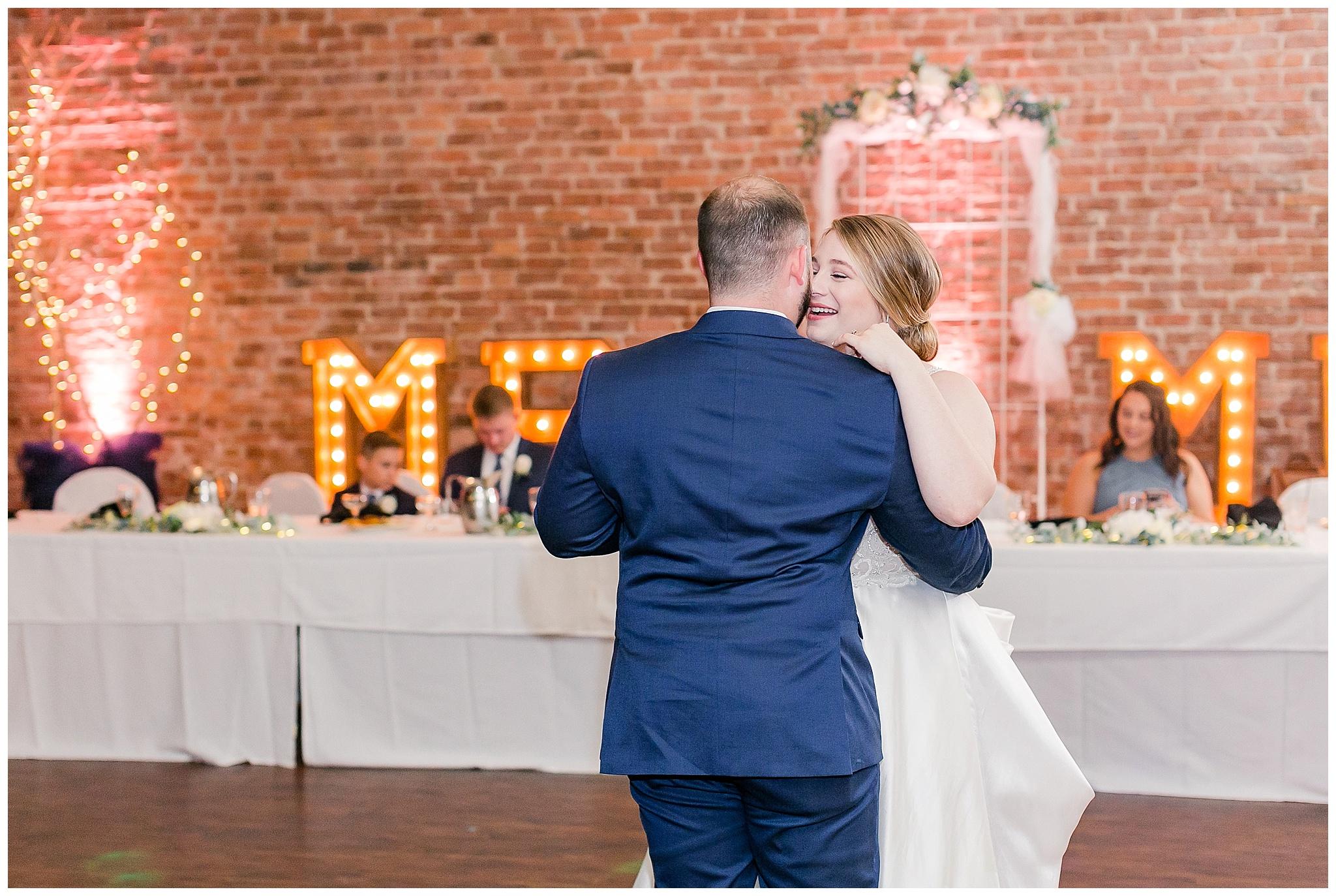 la_casa_grande_wedding_beloit_wisconsin_caynay_photo_0043.jpg