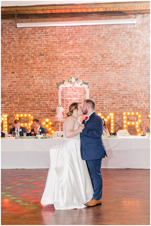 la_casa_grande_wedding_beloit_wisconsin_caynay_photo_0044.jpg