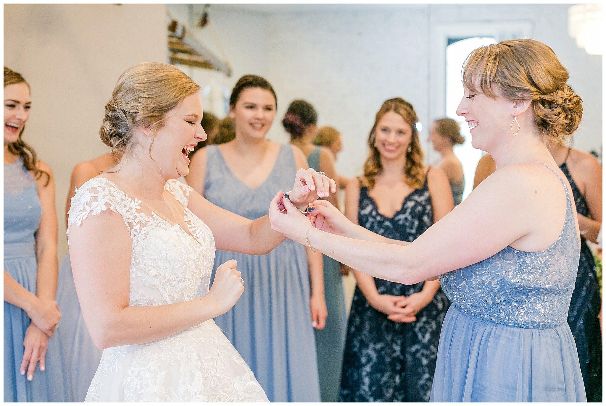 the_lageret_stoughton_wisconsin_wedding_madison_wisconsin_wedding_photographers_0218.jpg
